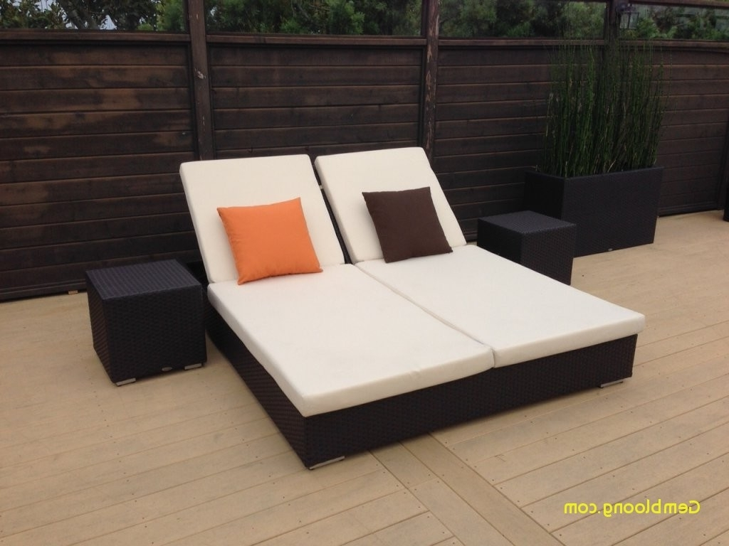2017 Outdoor Double Chaise Lounge Beautiful Furniture Rattan Frame For Double Outdoor Chaise Lounges (Gallery 14 of 15)