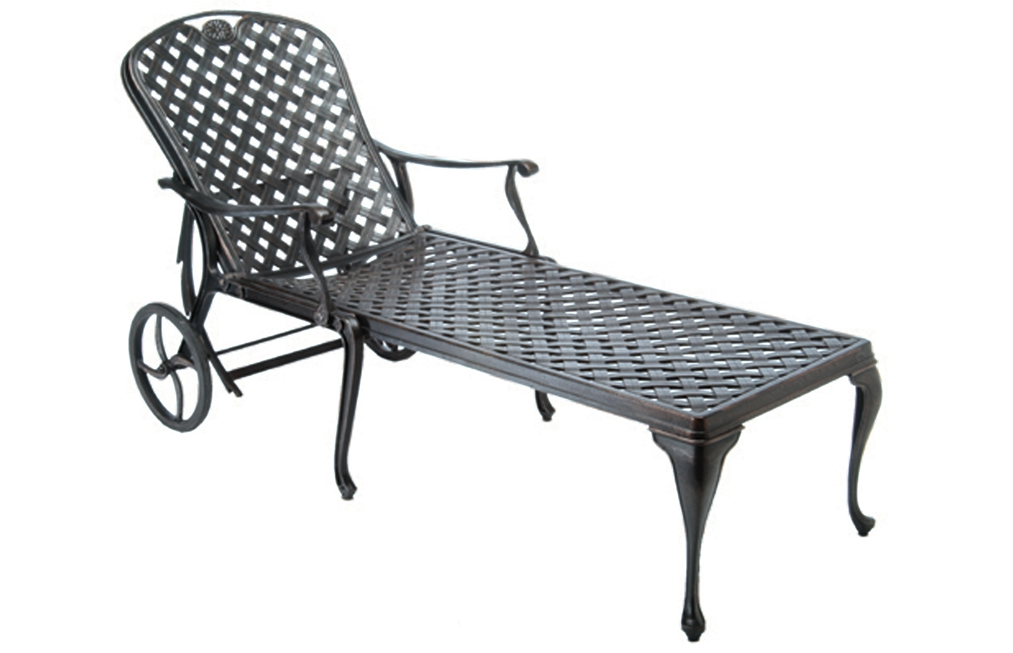 2018 Fall: The Best Season For Entertaining With Outdoor Furniture Within Cast Aluminum Chaise Lounges (View 2 of 15)