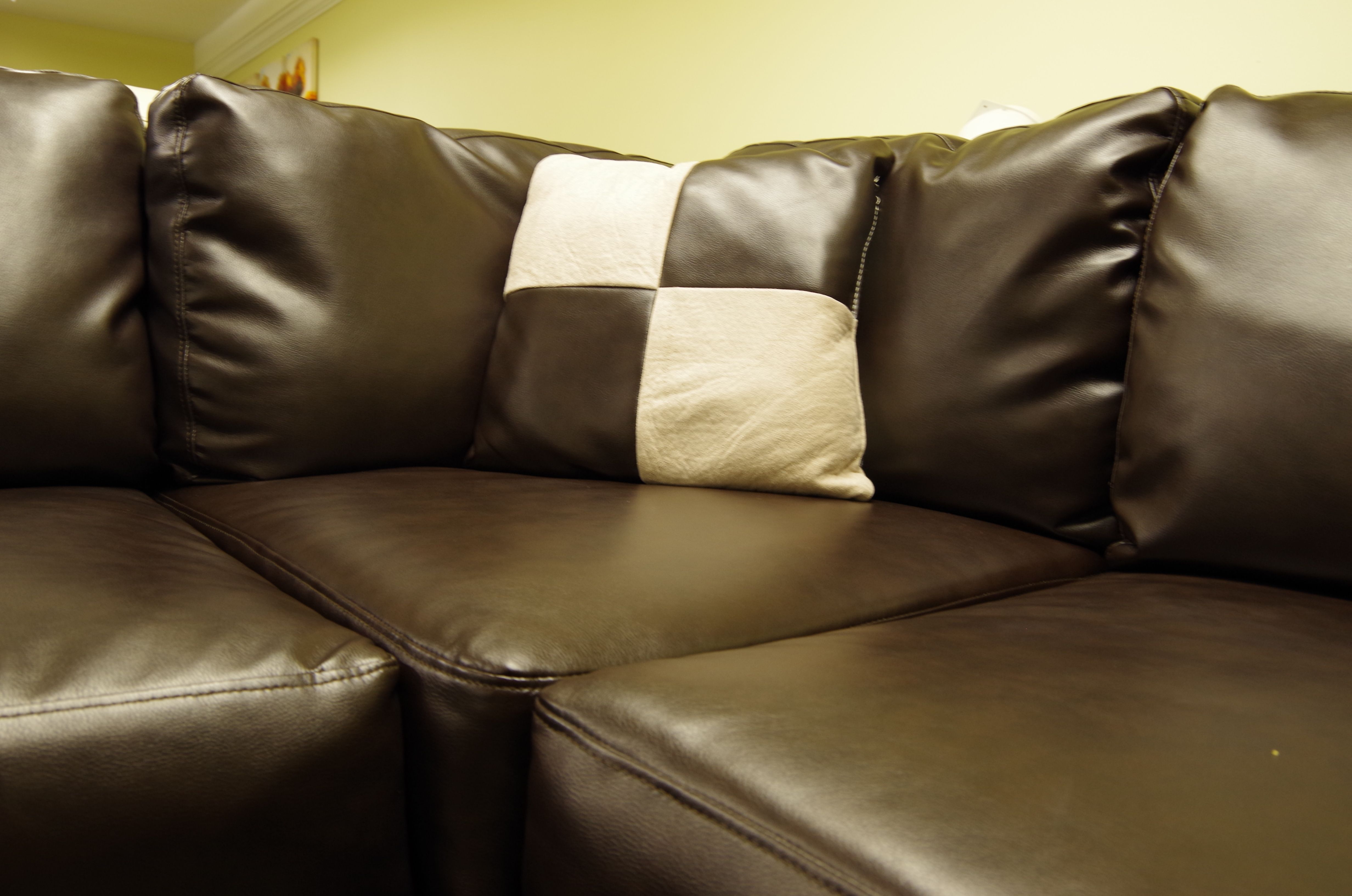2018 Review Of Sacramento Sectional Sofas (View 2 of 15)