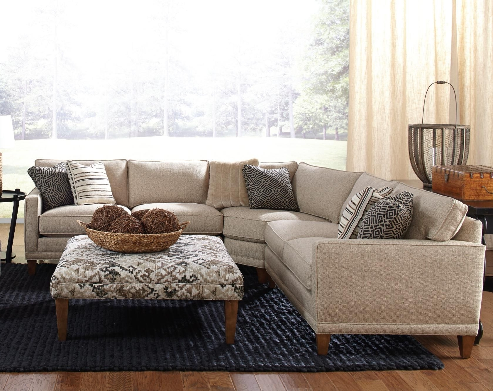 2018 Rowe Townsend Contemporary 3 Piece Sectional Sofa – Sprintz Within Nashville Sectional Sofas (View 5 of 15)