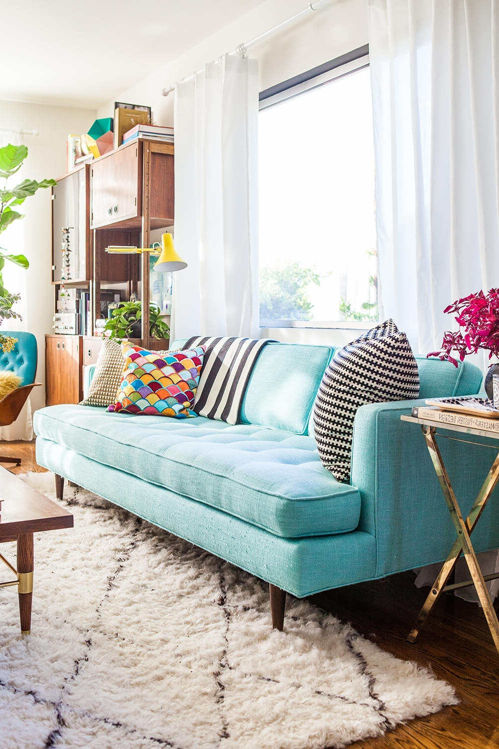 84 Affordable Amazing Sofas Under $1000 – Emily Henderson Intended For Most Recent Turquoise Sofas (View 14 of 15)