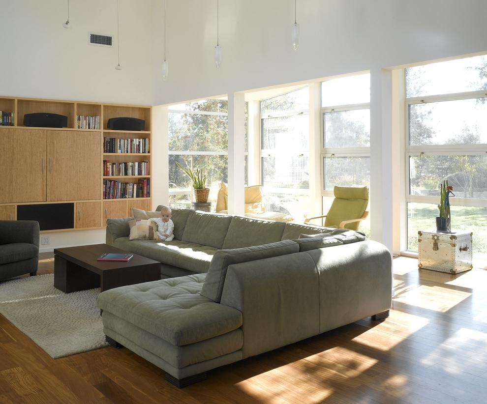 Amazing High End Sectional Sofas 12 On Modern White Leather Sofa For Well Known High End Sectional Sofas (View 7 of 15)