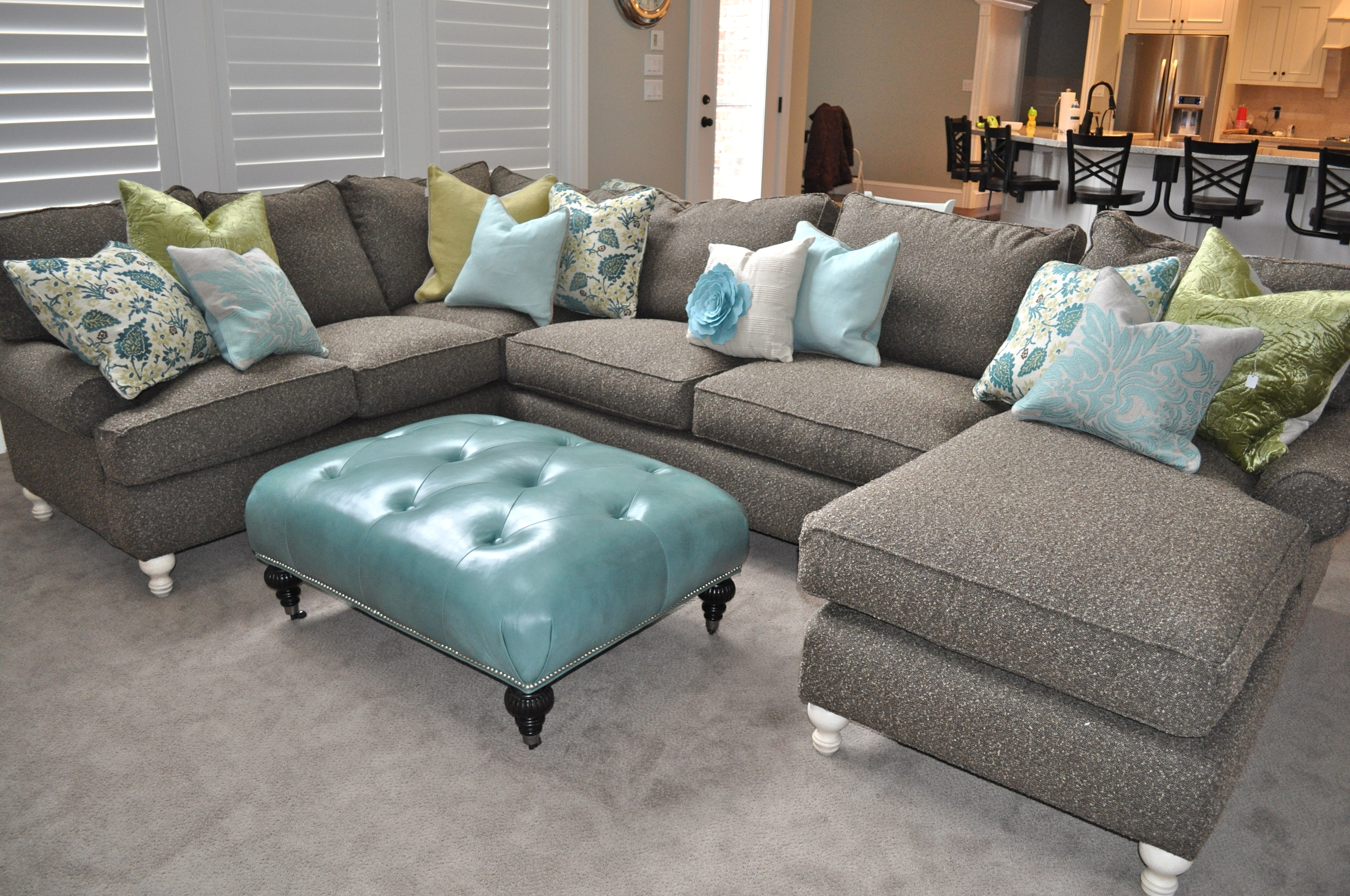 Amusing Sectional Sofa With Chaise And Ottoman 81 On Charcoal Gray Pertaining To Most Popular Grey Sectional Sofas With Chaise (View 4 of 15)
