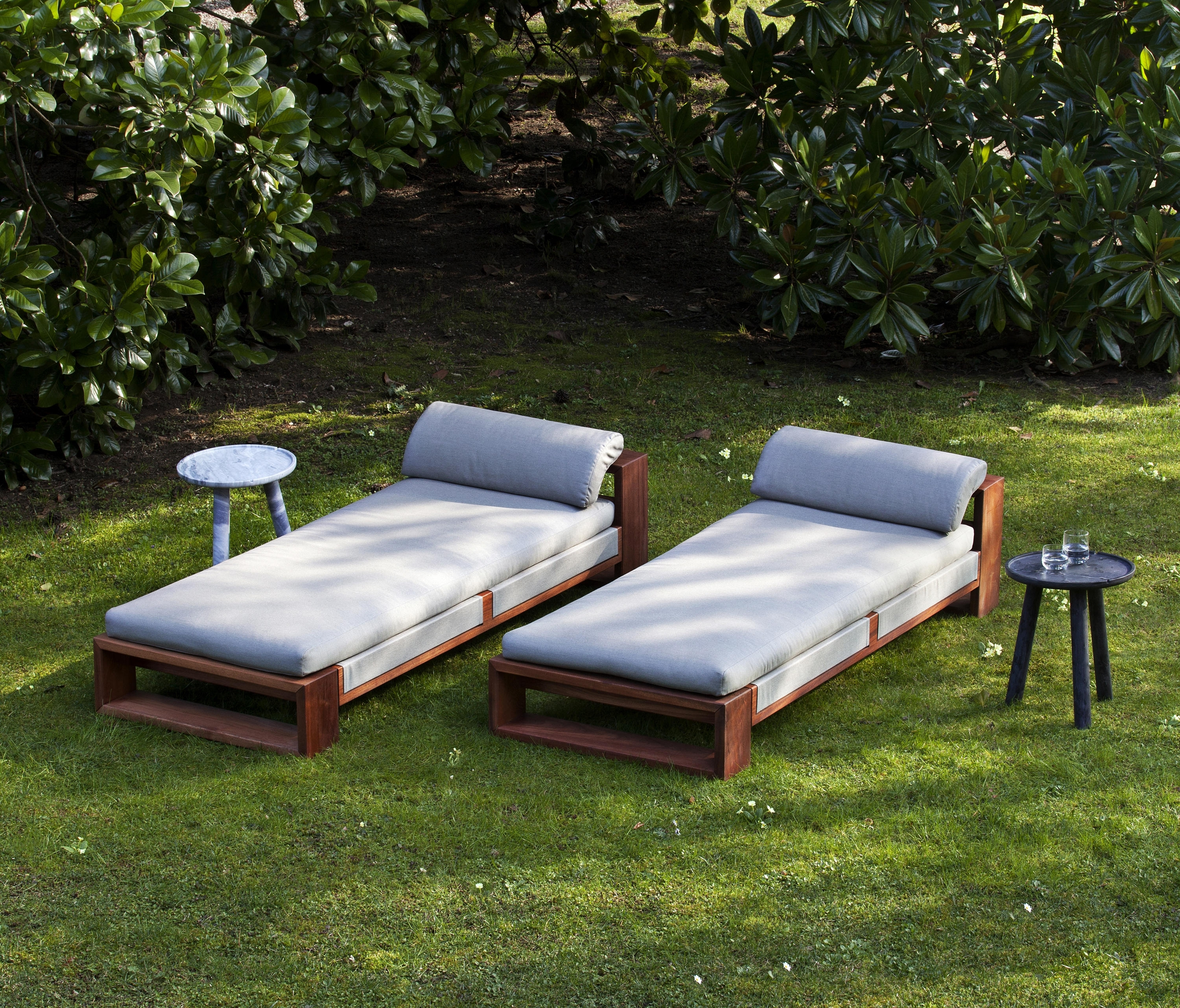 Architonic Throughout Widely Used Chaise Lounge Sun Chairs (View 6 of 15)