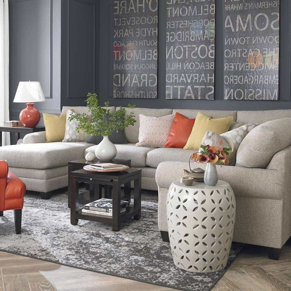 Bassett Home Furnishings With Regard To Gray U Shaped Sectionals (View 11 of 15)