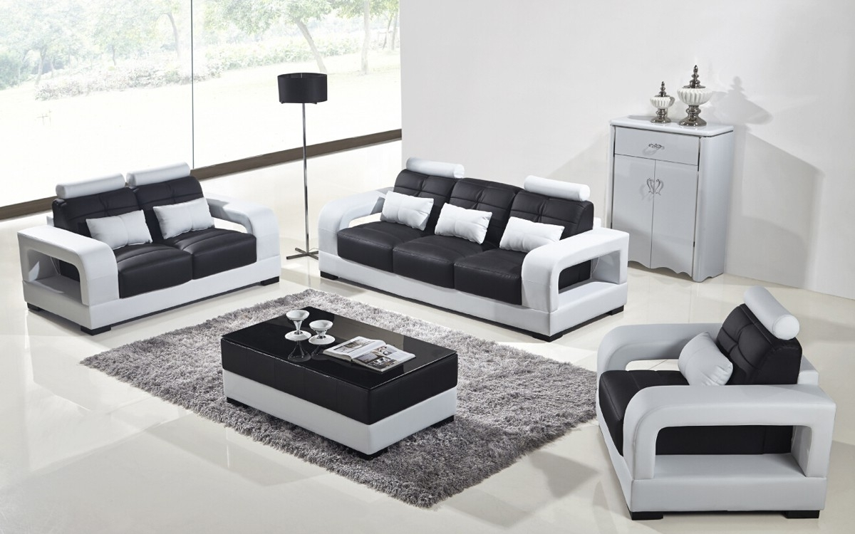 Beautiful Black And White Leather Sofas 62 In With Black And White Regarding Famous Black And White Sofas (View 12 of 15)