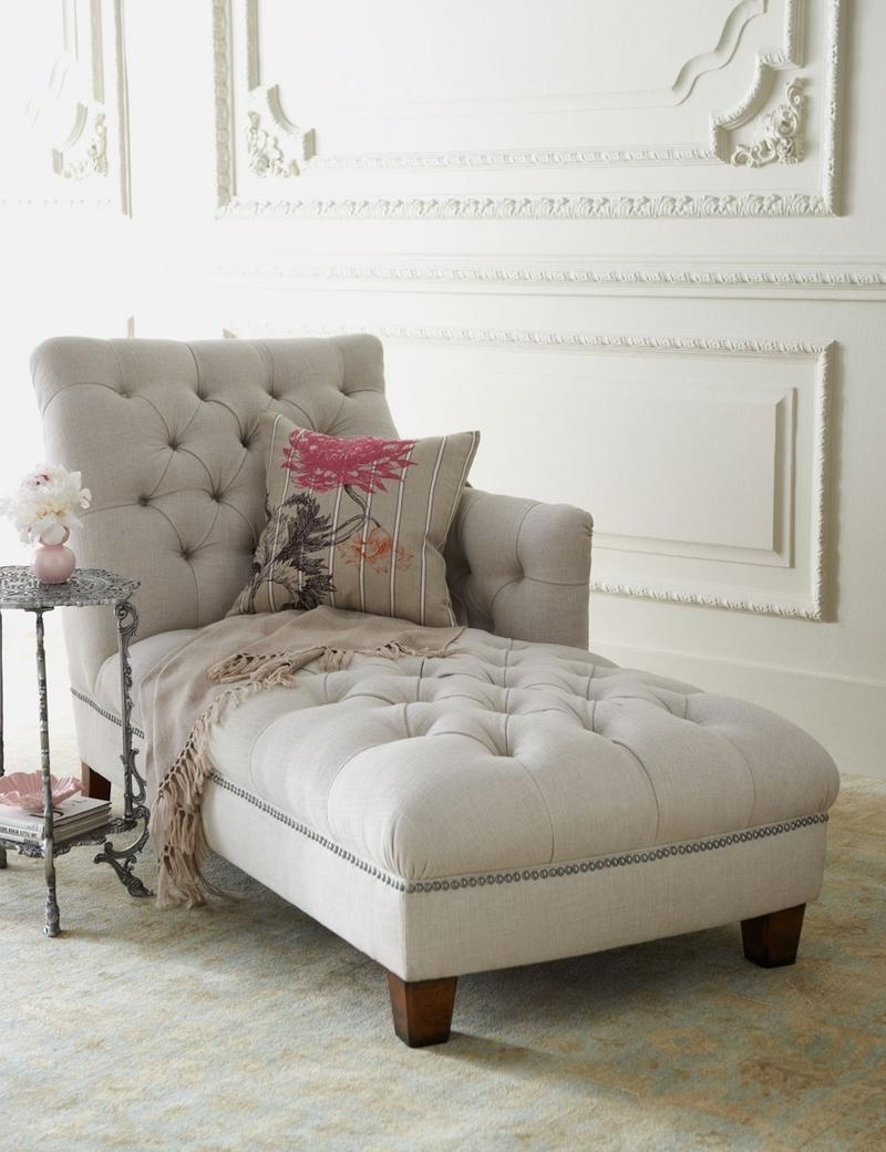 Bedroom Chaise Lounges Inside Favorite Bedroom Chaise Lounge In 12 Gorgeous Designs – Rilane (View 7 of 15)