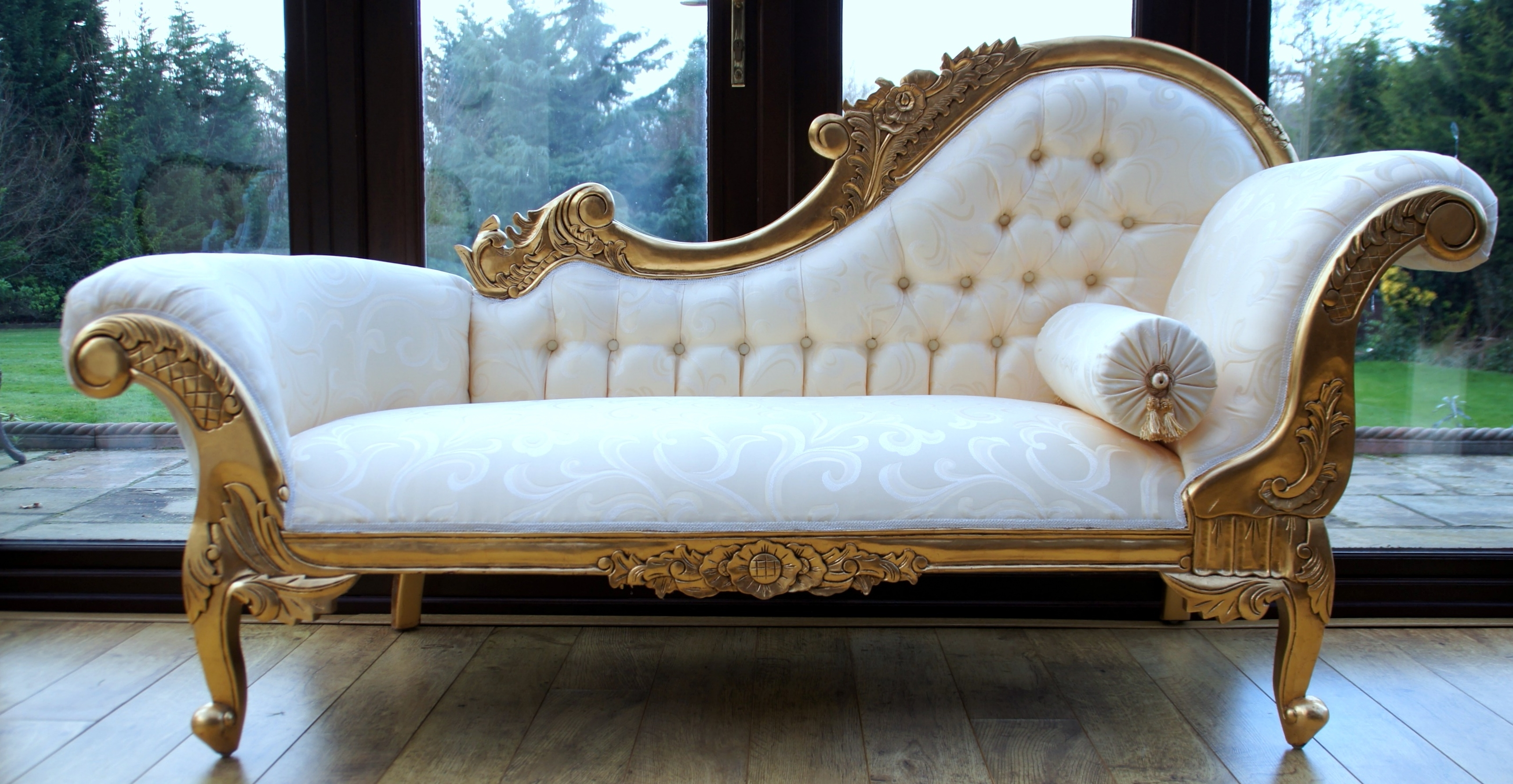 Bedroom Ideas : Magnificent Cool White And Intricate Carved Gold Throughout Most Current Gold Chaise Lounges (View 4 of 15)