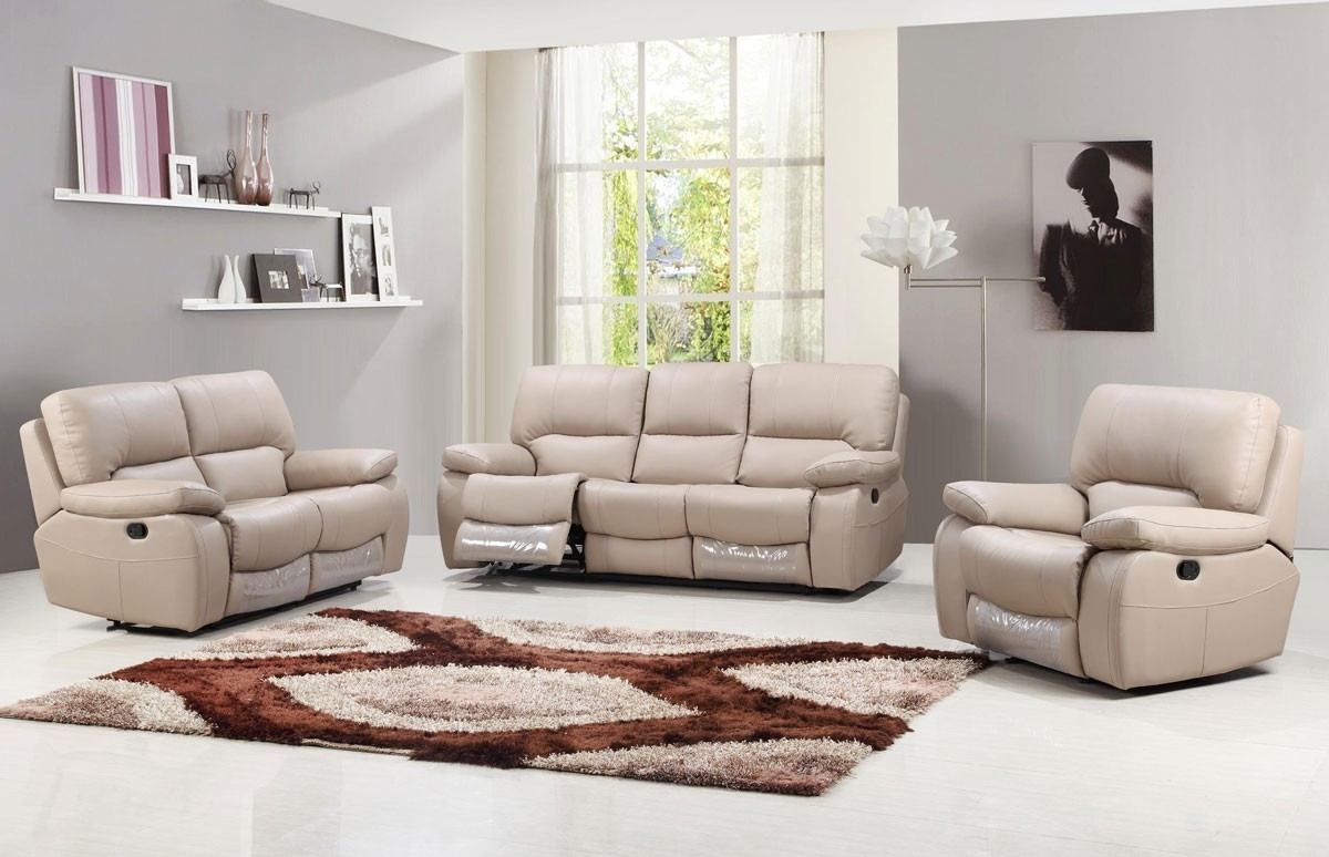 Beige Leather Recliner Sofa With Regard To 2018 Recliner Sofas (View 2 of 15)