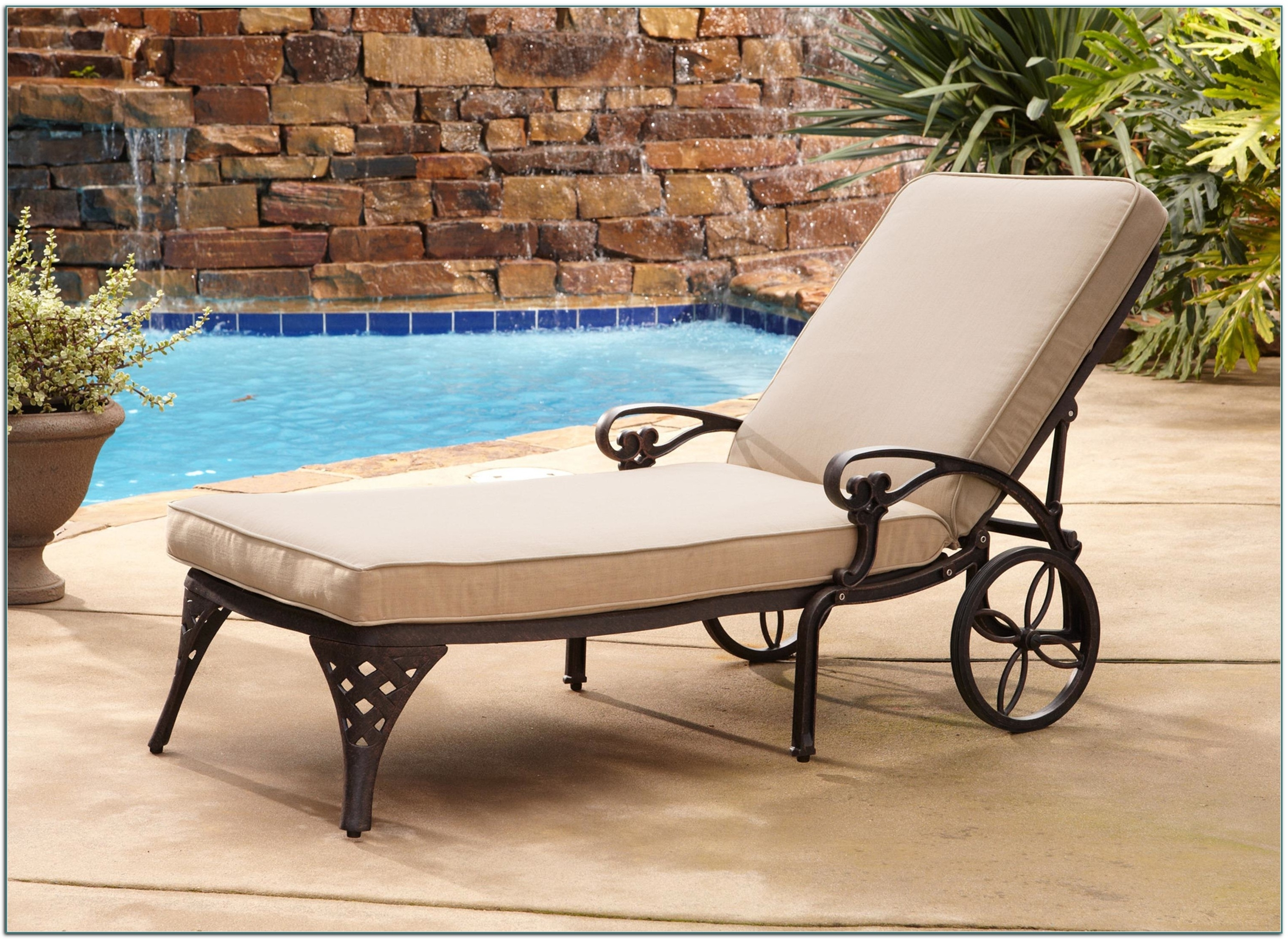 Best And Newest Chaise Lounge Chairs Outdoor Pool • Lounge Chairs Ideas Within Heavy Duty Outdoor Chaise Lounge Chairs (View 5 of 15)