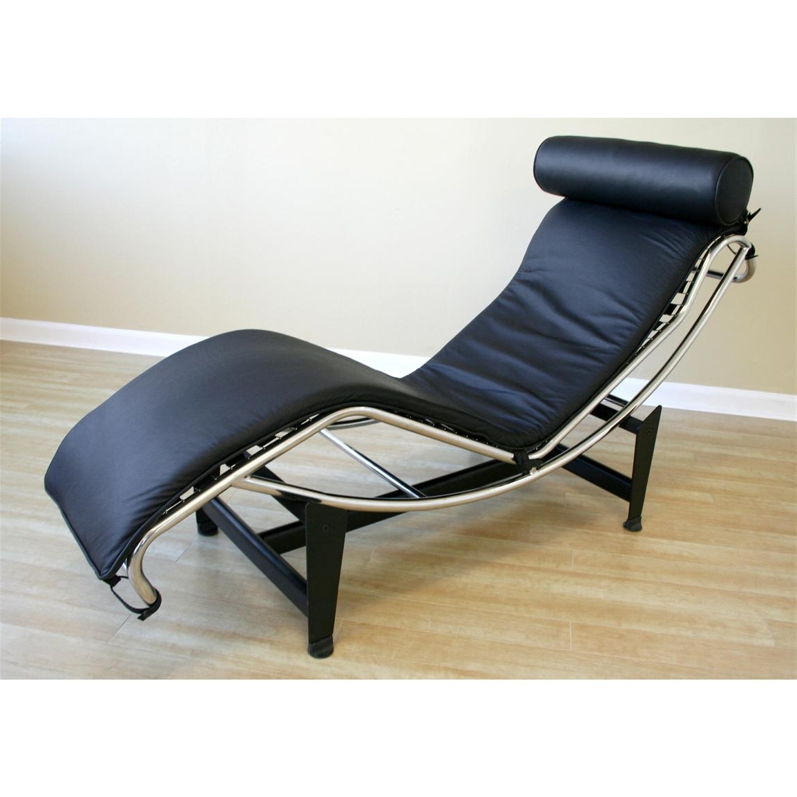 Best And Newest Furniture: Wide Chaise (View 1 of 15)