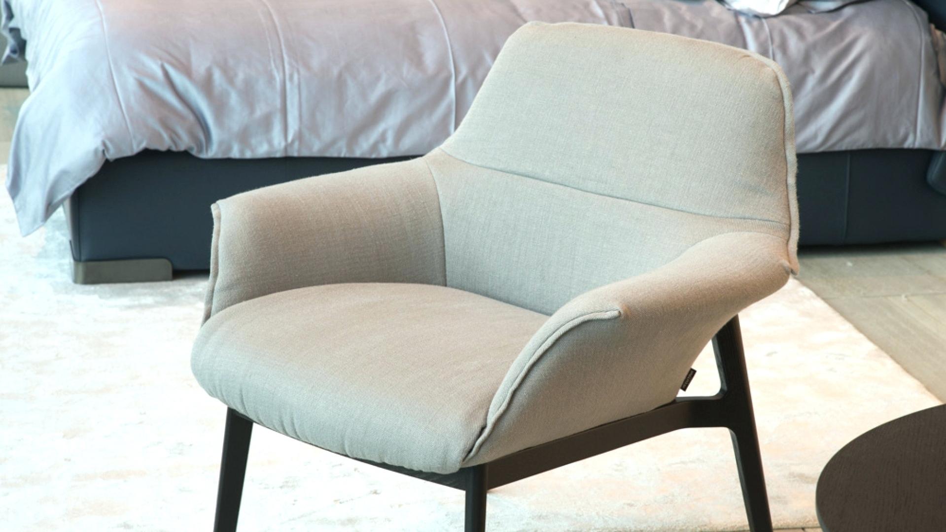 Best And Newest Natuzzi Zeta Chaise Lounge Chairs Within Natuzzi Re Vive Lounge Chair And Stool Natuzzi Leather Lounge (View 2 of 15)