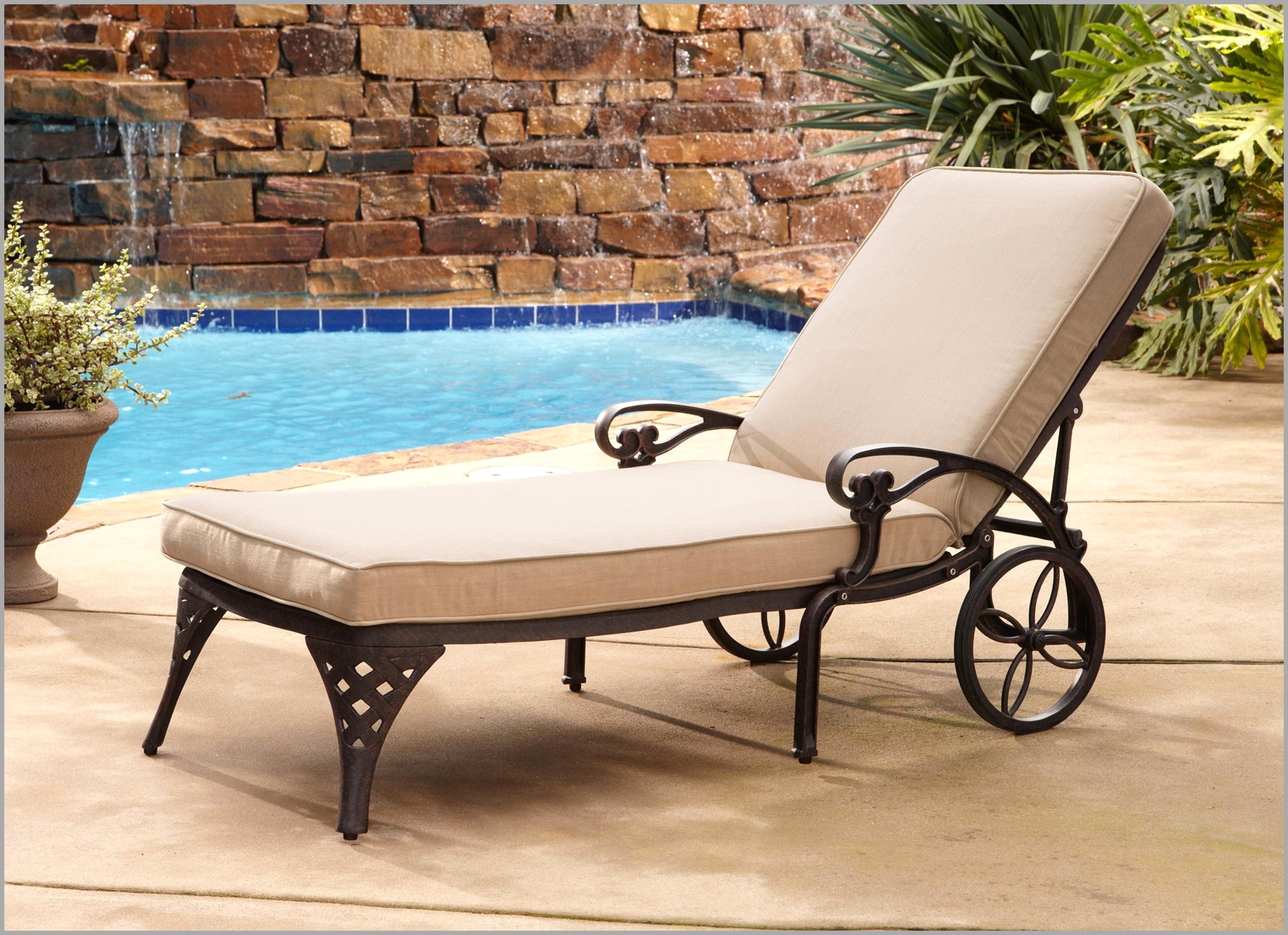 Best Poolside Lounge Chairs Accessories 20316 – Chair Ideas In Preferred Chaise Lounge Chairs For Pool Area (View 2 of 15)