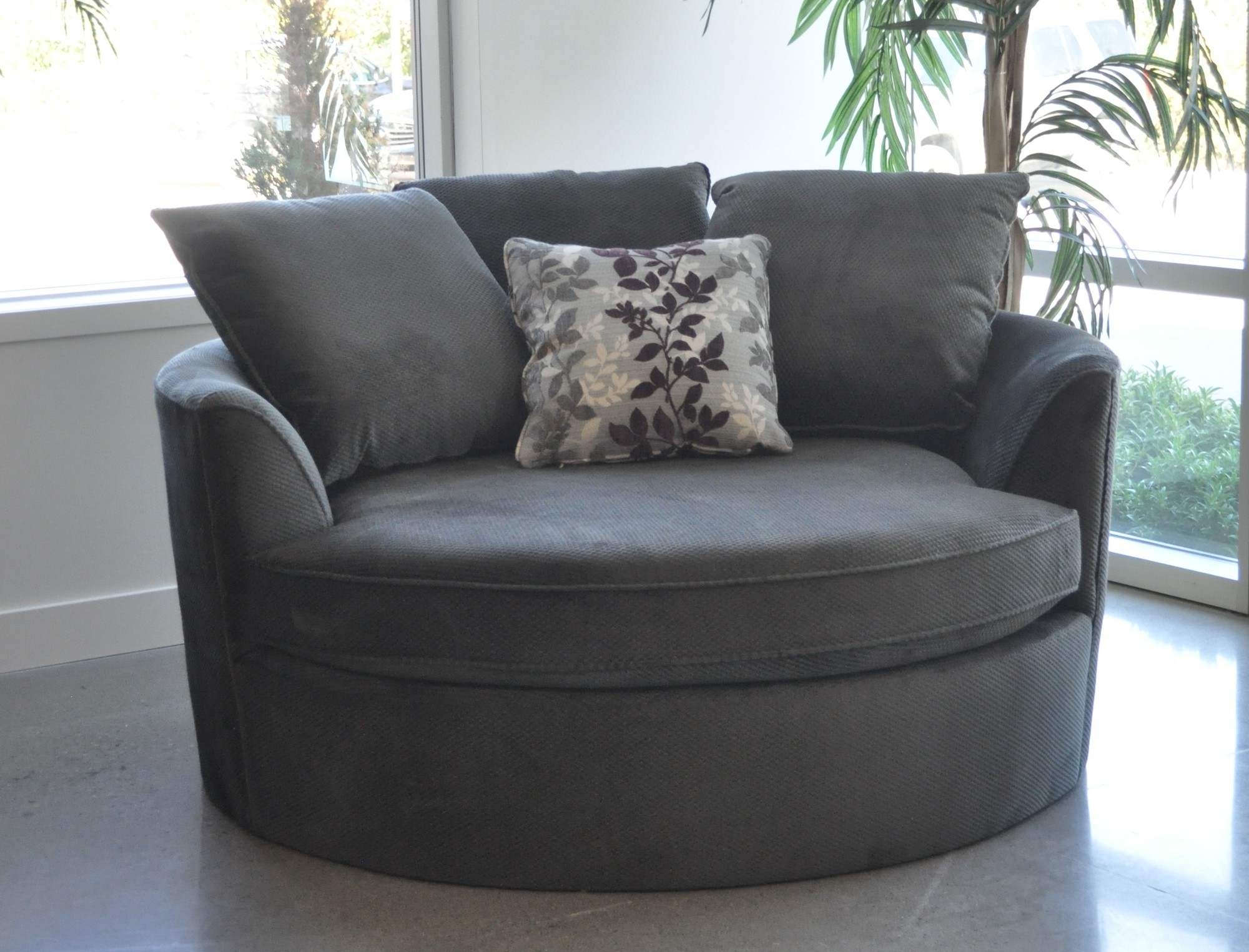 Big Round Sofa Chairs Within Fashionable Sofa : Round Sofa Outdoor Furniture Round Sofa Chair Uk Large (View 7 of 15)