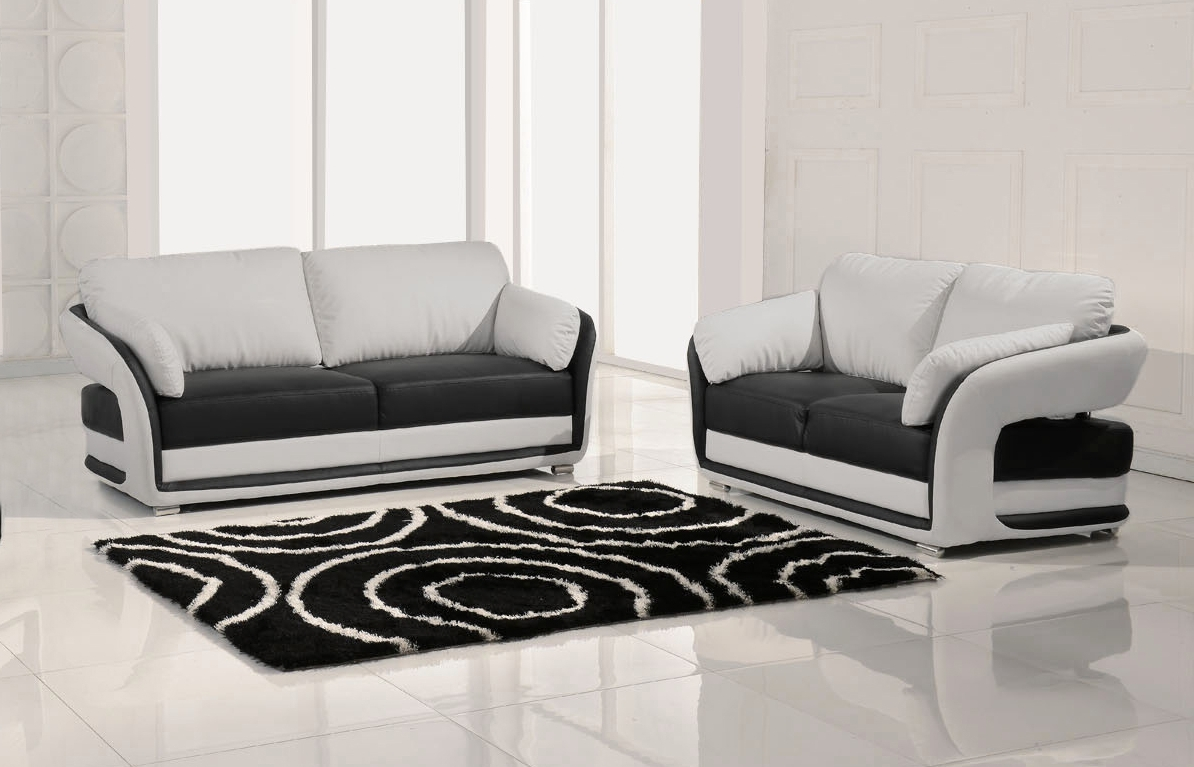 Black And White Sofas Within Current Black And White Sofa 86 With Black And White Sofa (View 13 of 15)