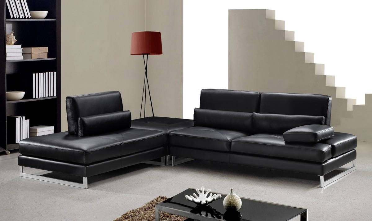 Black Sectional Sofas With Regard To Newest Modern Black Leather Sectional Sofa (View 9 of 15)
