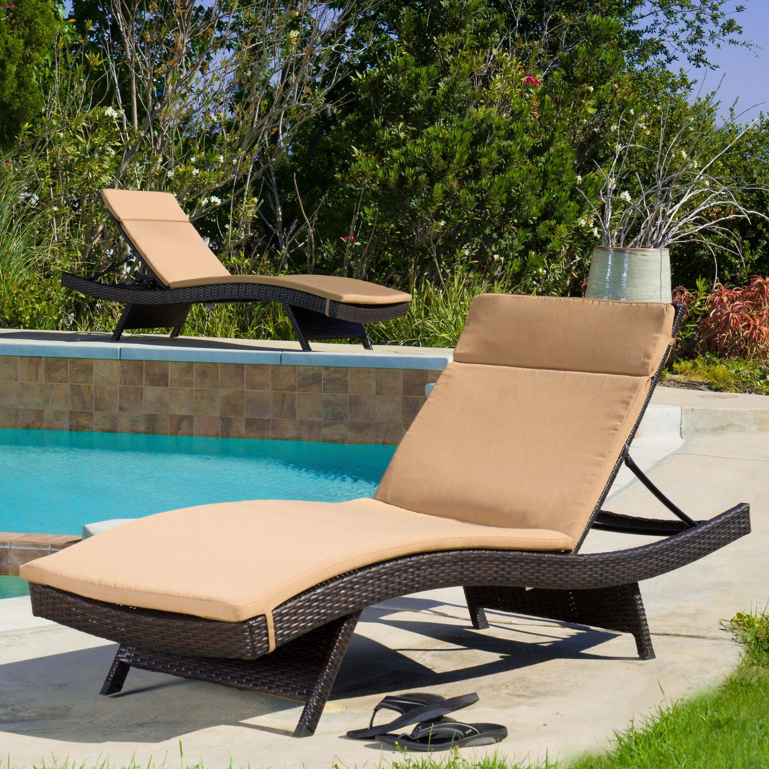Chaise Lounge Chair Cushions For 2017 Patio Chaise Lounge As The Must Have Furniture In Your Pool Deck (View 2 of 15)