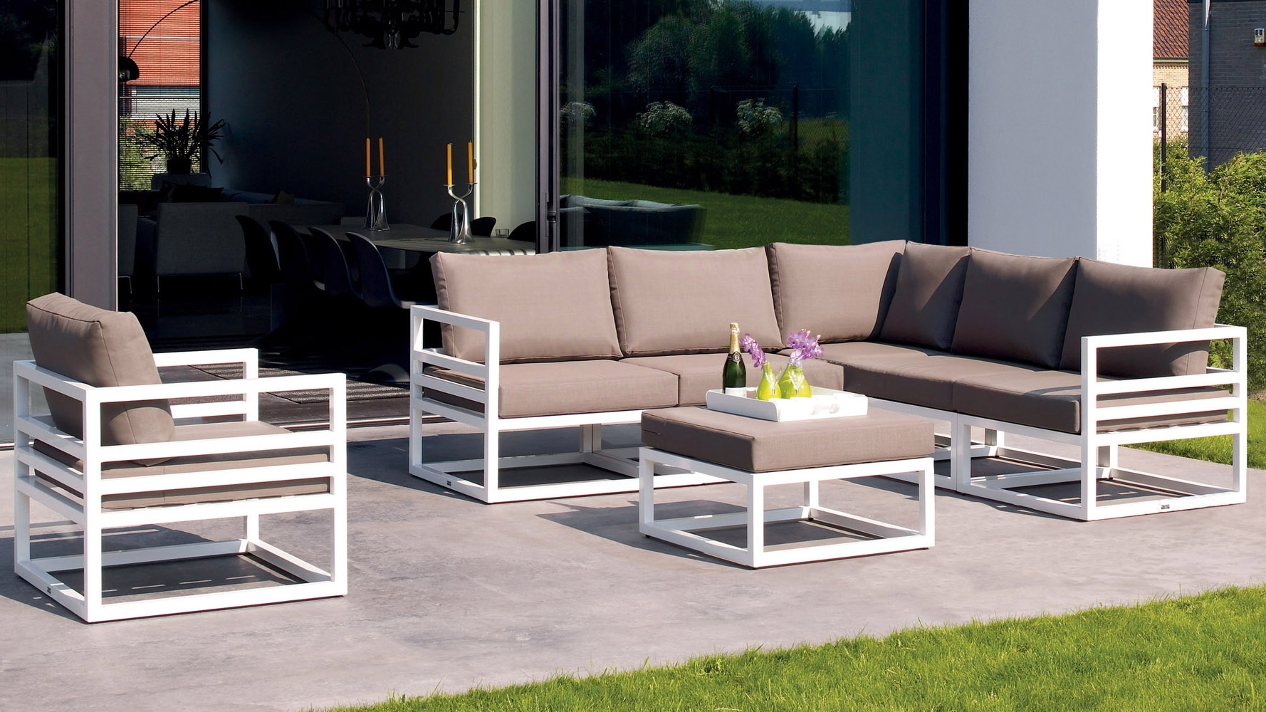 Chaise Lounge Sets With Famous Outdoor Lounge Furniture On Sale Outside Chaise Lounge Best Deals (View 3 of 15)