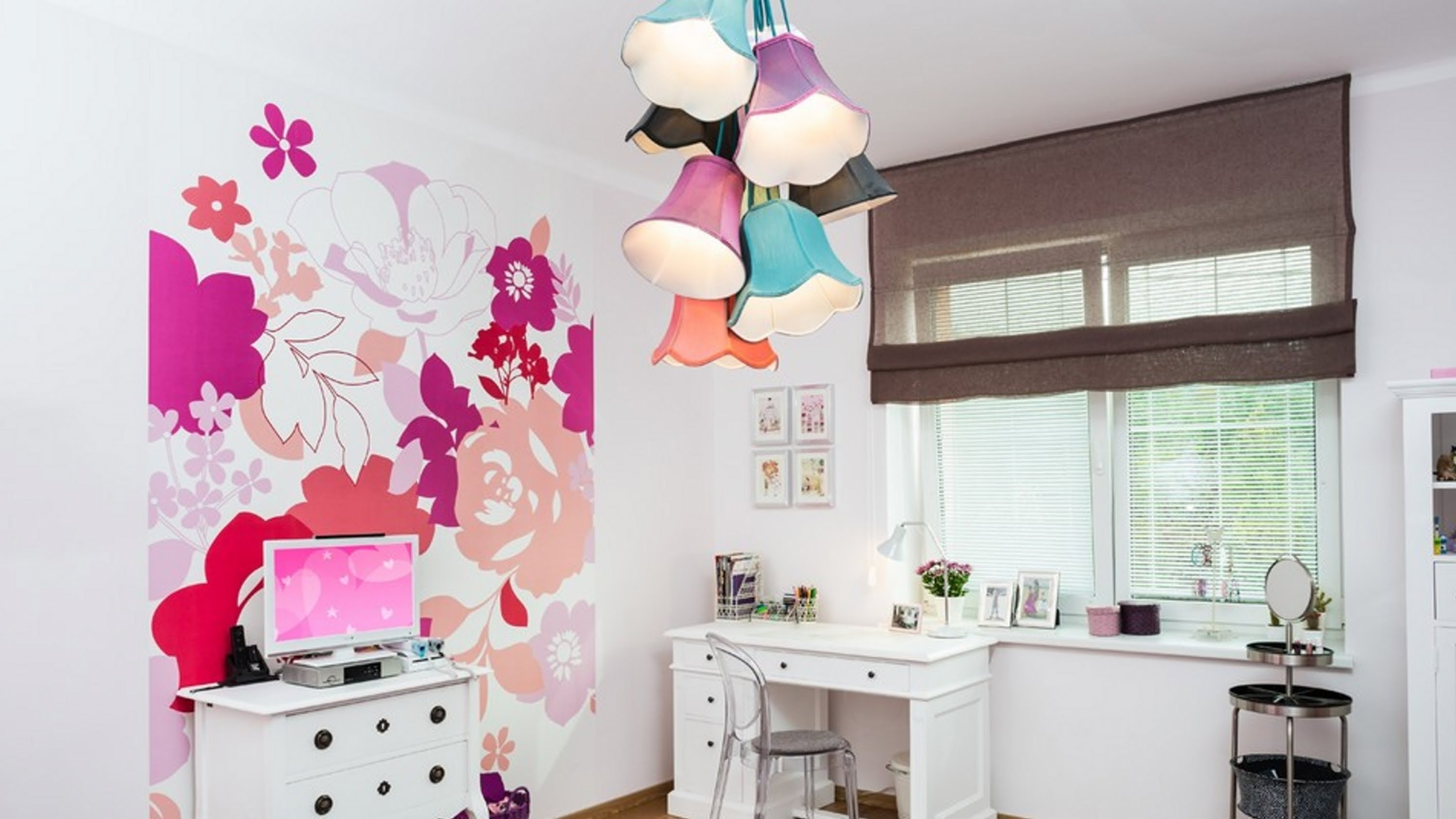 Chandeliers For Kids Throughout Trendy Charming Chandelier For Girl Bedroom Also Kids Ideas Gallery (View 6 of 15)