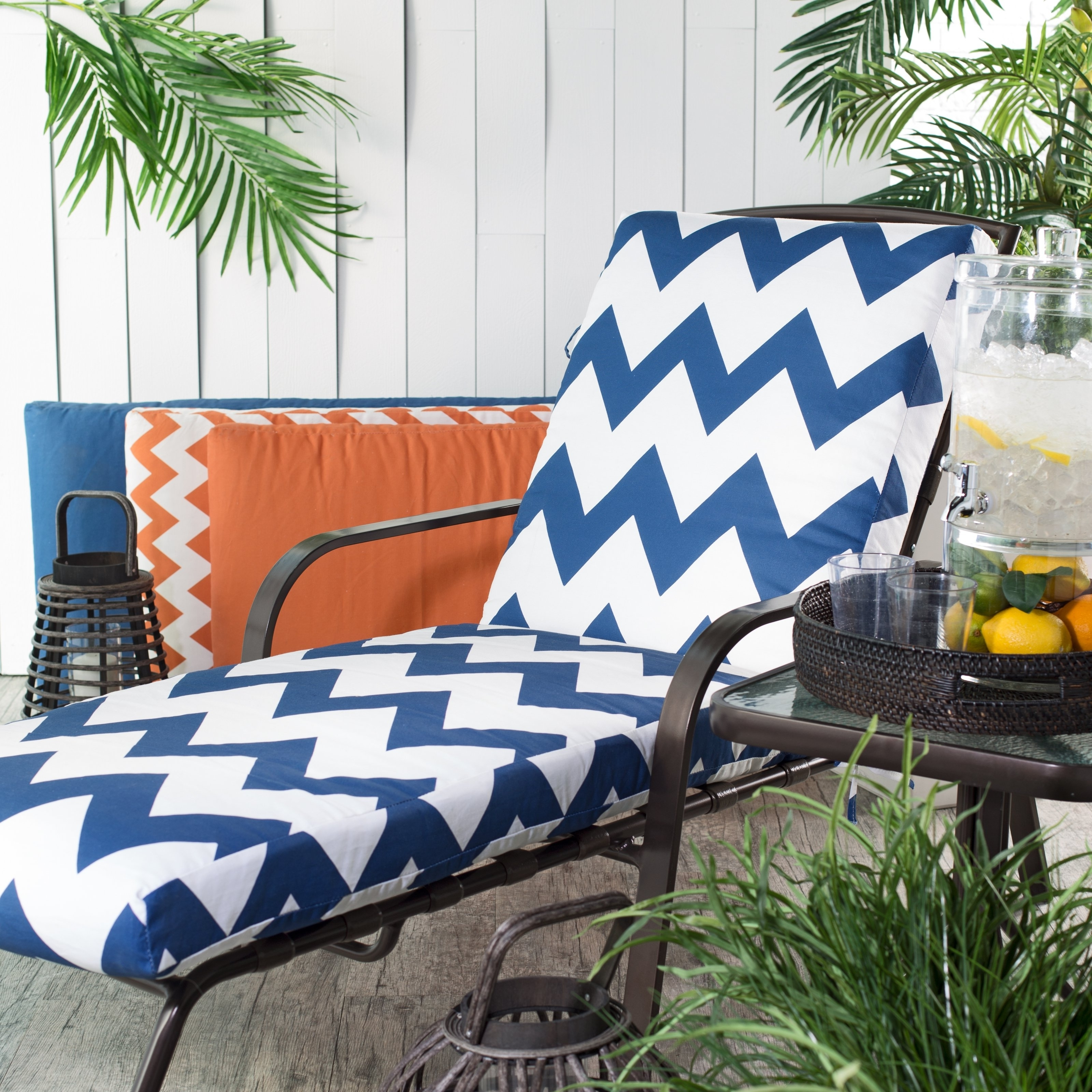 Change Is Strange For Patio Chaise Lounge Cushions (View 2 of 15)