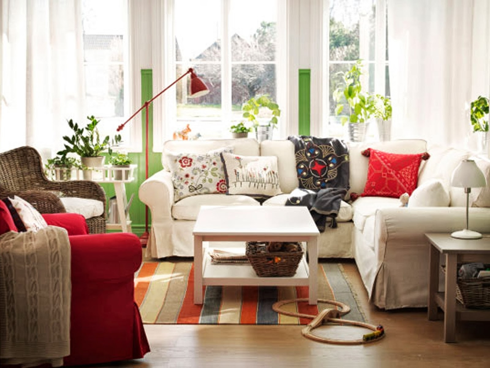 Charming Ikea Small Living Room Intended For Most Up To Date Cottage Style Sofas And Chairs (View 2 of 15)