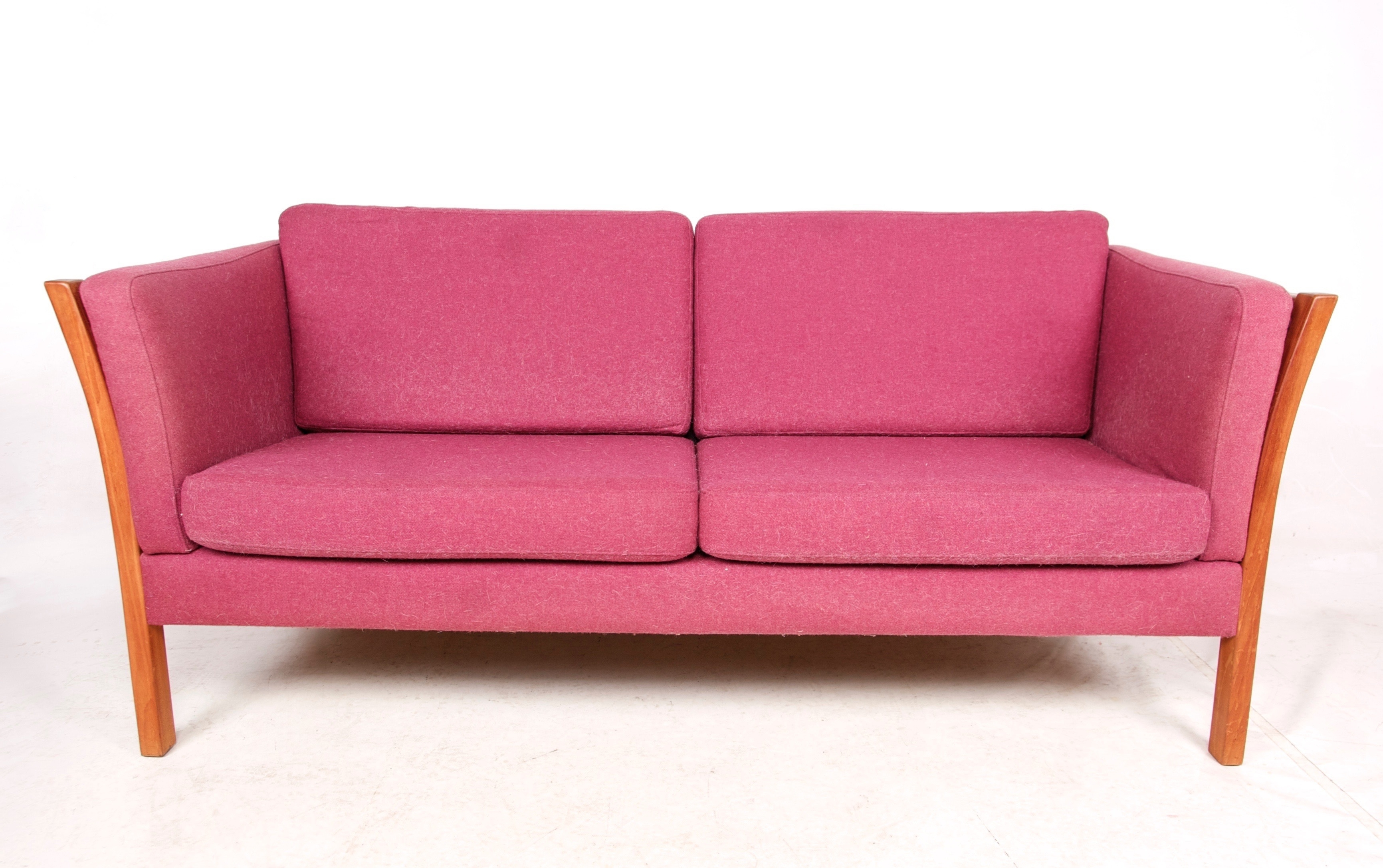 Cheap Retro Sofas Throughout Most Recent Pink Sofa Ads Buy Sell Used Find Right Price Here Retro Vintage (View 5 of 15)