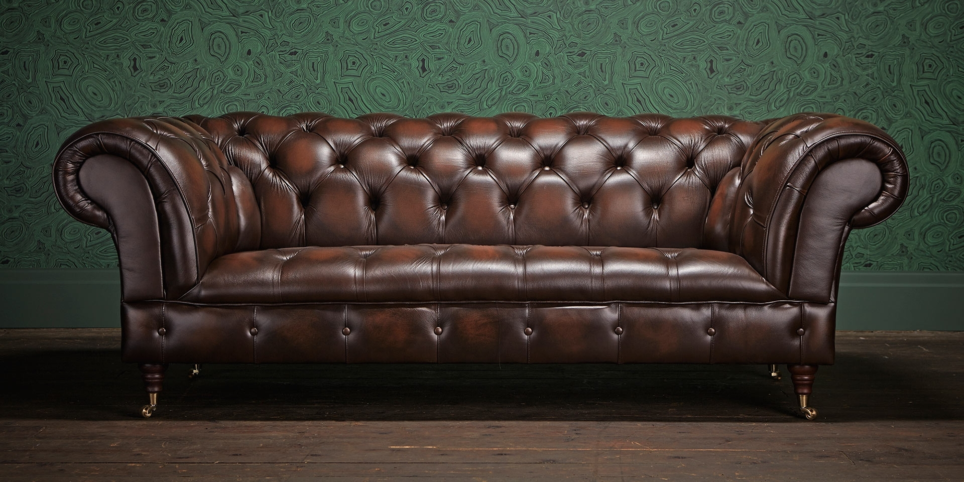 Chesterfield Sofa, Chesterfield And Chesterfield Furniture Within 2017 Leather Chesterfield Sofas (View 10 of 15)