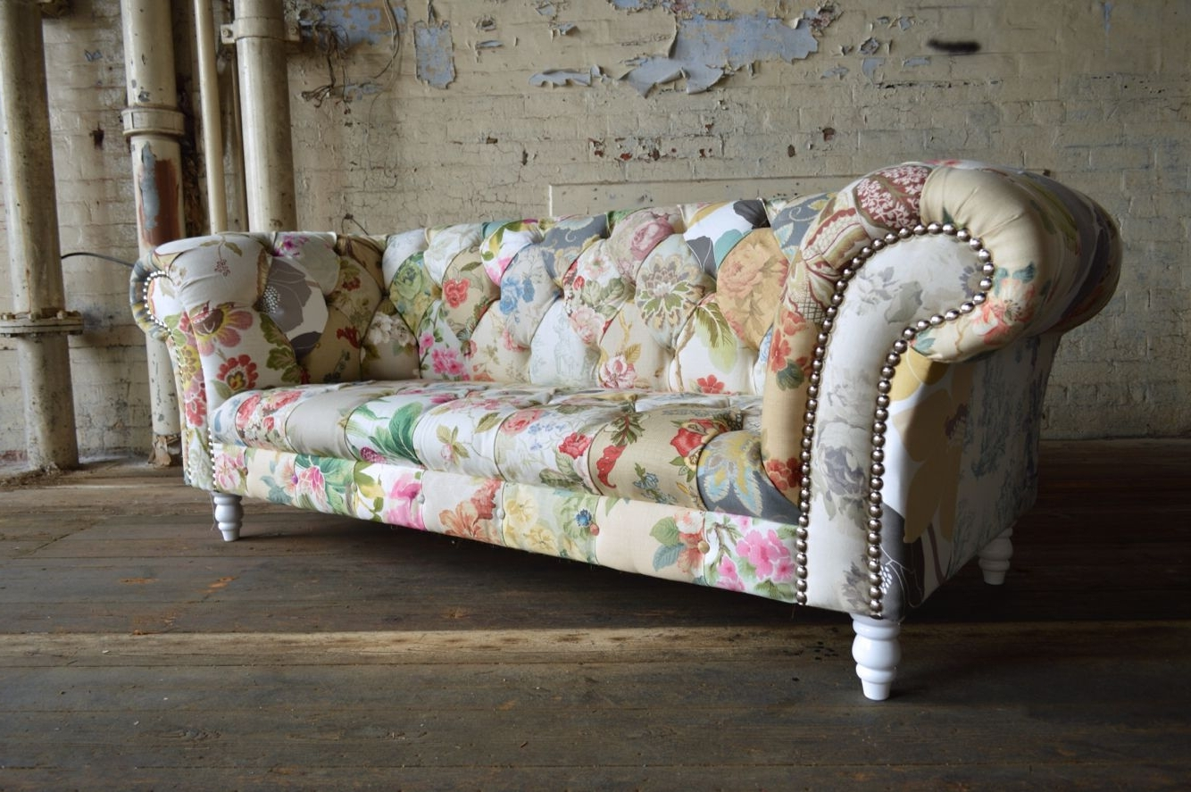 Chintz Covered Sofas With Popular Grace Patchwork Chesterfield Sofa (View 3 of 15)