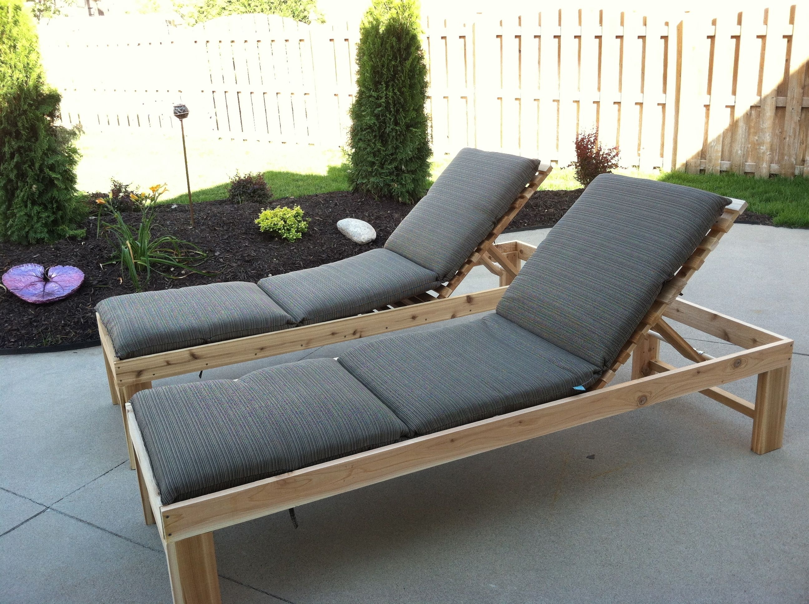 Comfortable Outdoor Chaise Lounge Chairs Intended For Famous Outdoor Chaise Lounge With Ergonomic Seating Settings – Traba Homes (View 6 of 15)