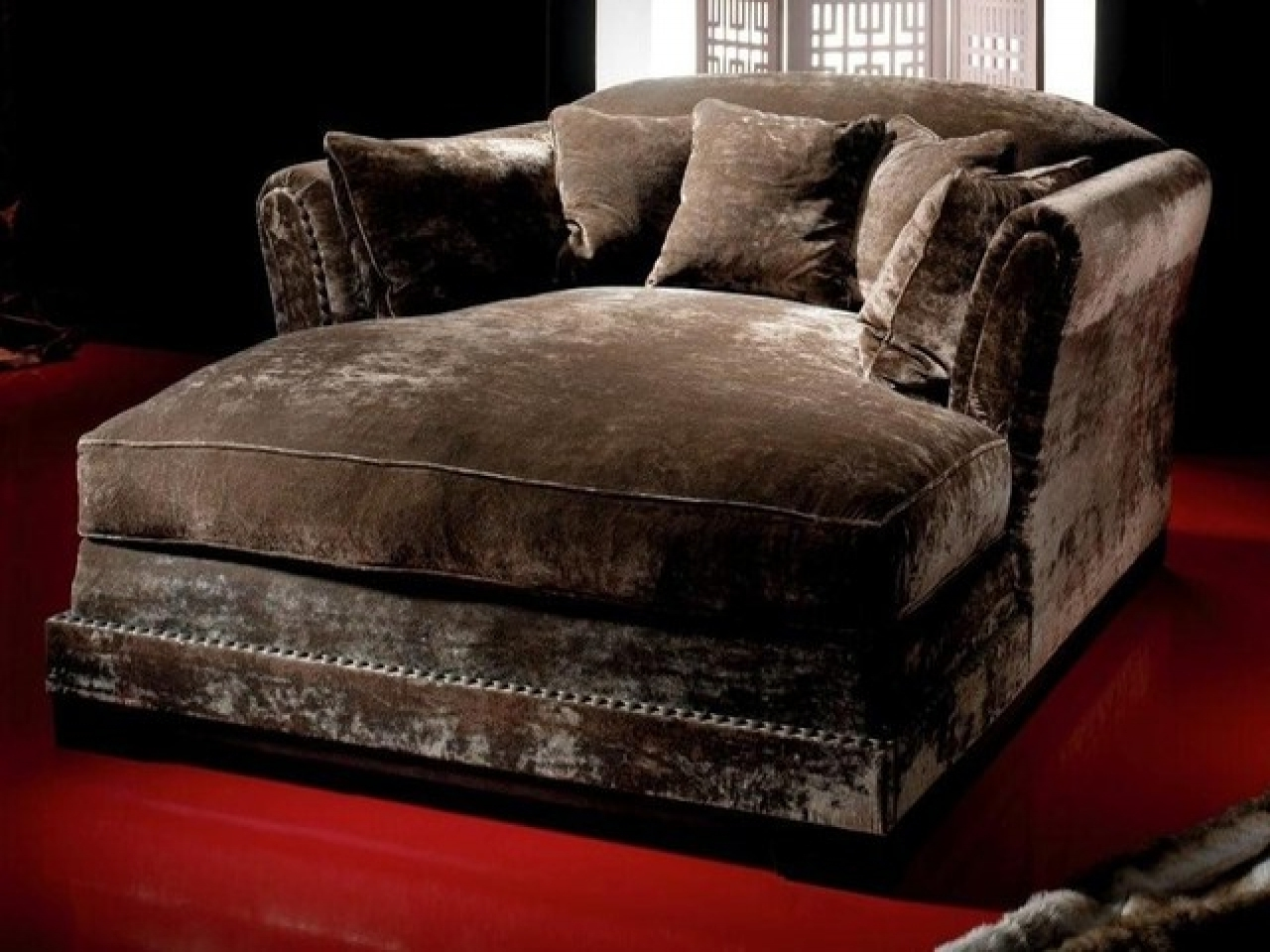 Comfy Leather Chairs, Tufted Oversized Large Chaise Lounge Chair Pertaining To Widely Used Large Chaise Lounges (View 2 of 15)