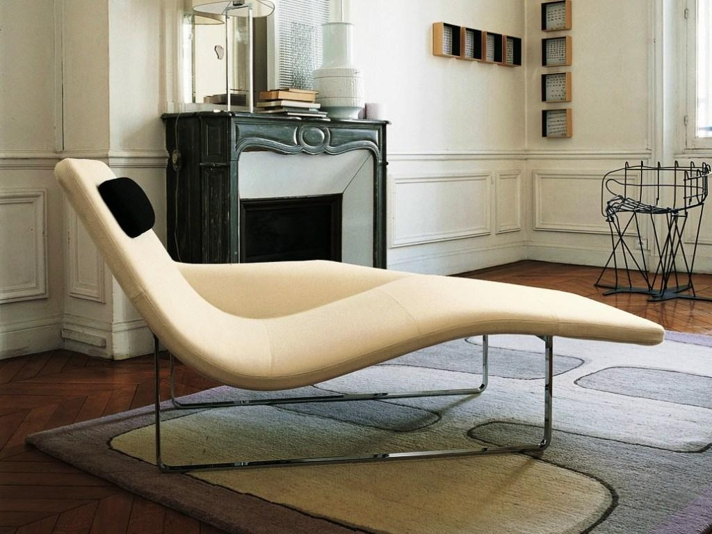 Contemporary Chaise Chair Ideas — Umpquavalleyquilters Throughout Most Current Contemporary Chaise Lounges (View 3 of 15)