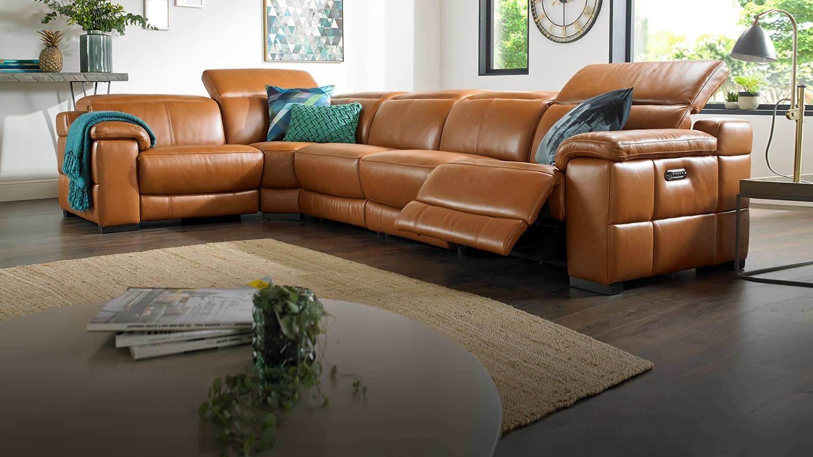 Corner Sofas In Leather, Fabric