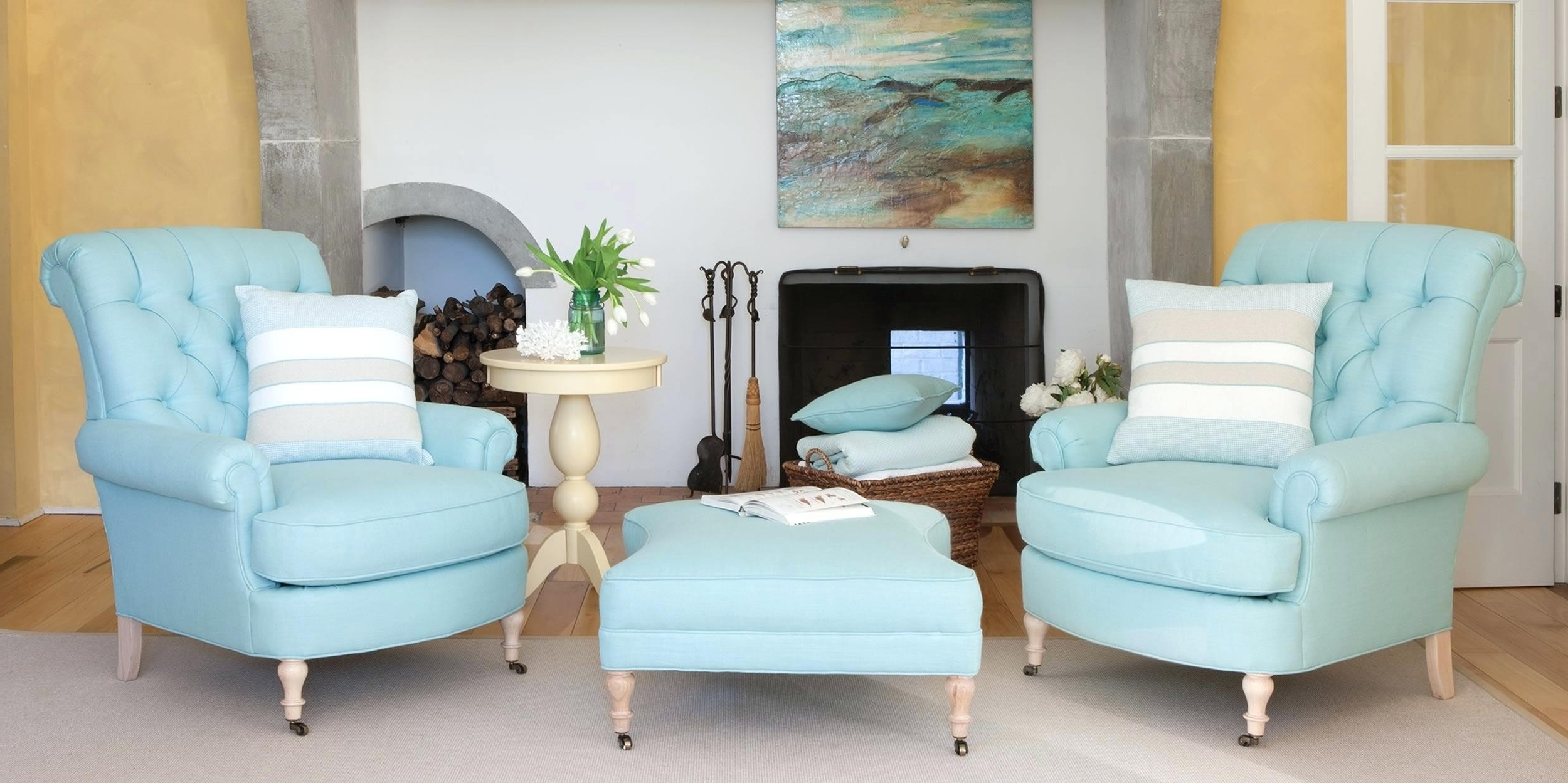Cottage Style Sofas And Chairs With Regard To 2018 Beach Cottage Living Room Furniture Style Home Decor I – 4Parkar (View 7 of 15)