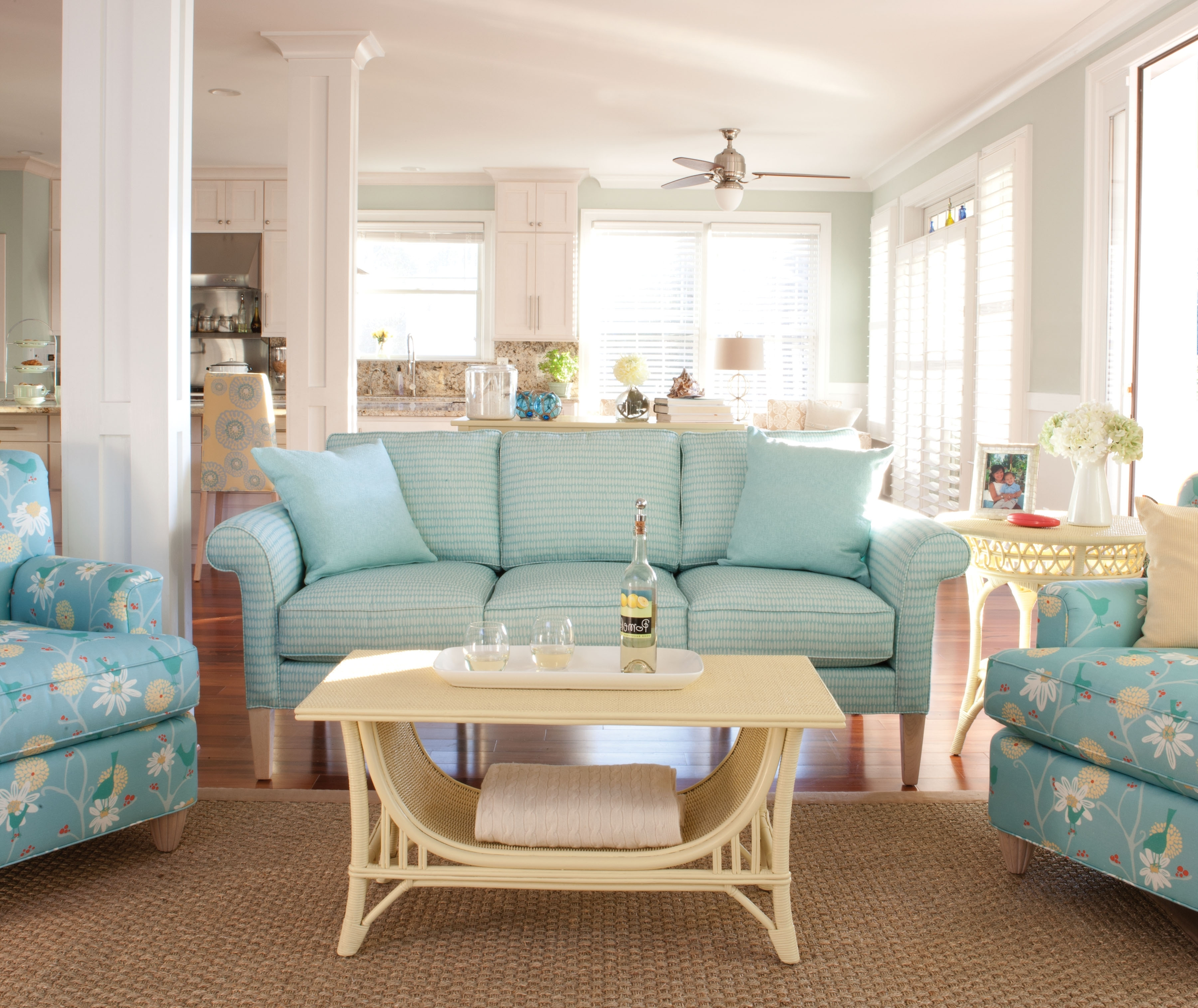 Country Cottage Sofas And Chairs – Lightingridgecellars With Popular Country Cottage Sofas And Chairs (View 7 of 15)