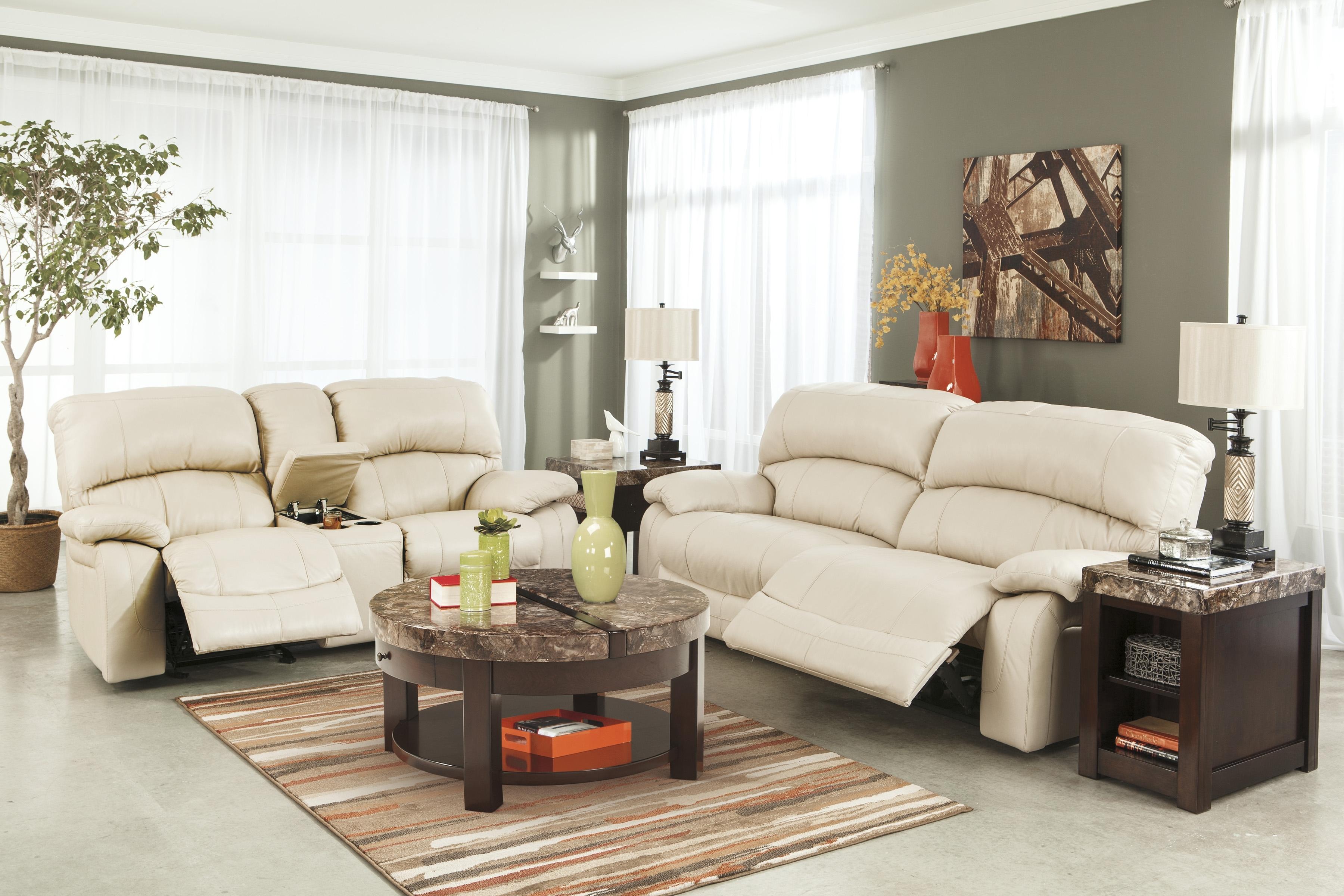 Cream Colored Sofa (View 4 of 15)