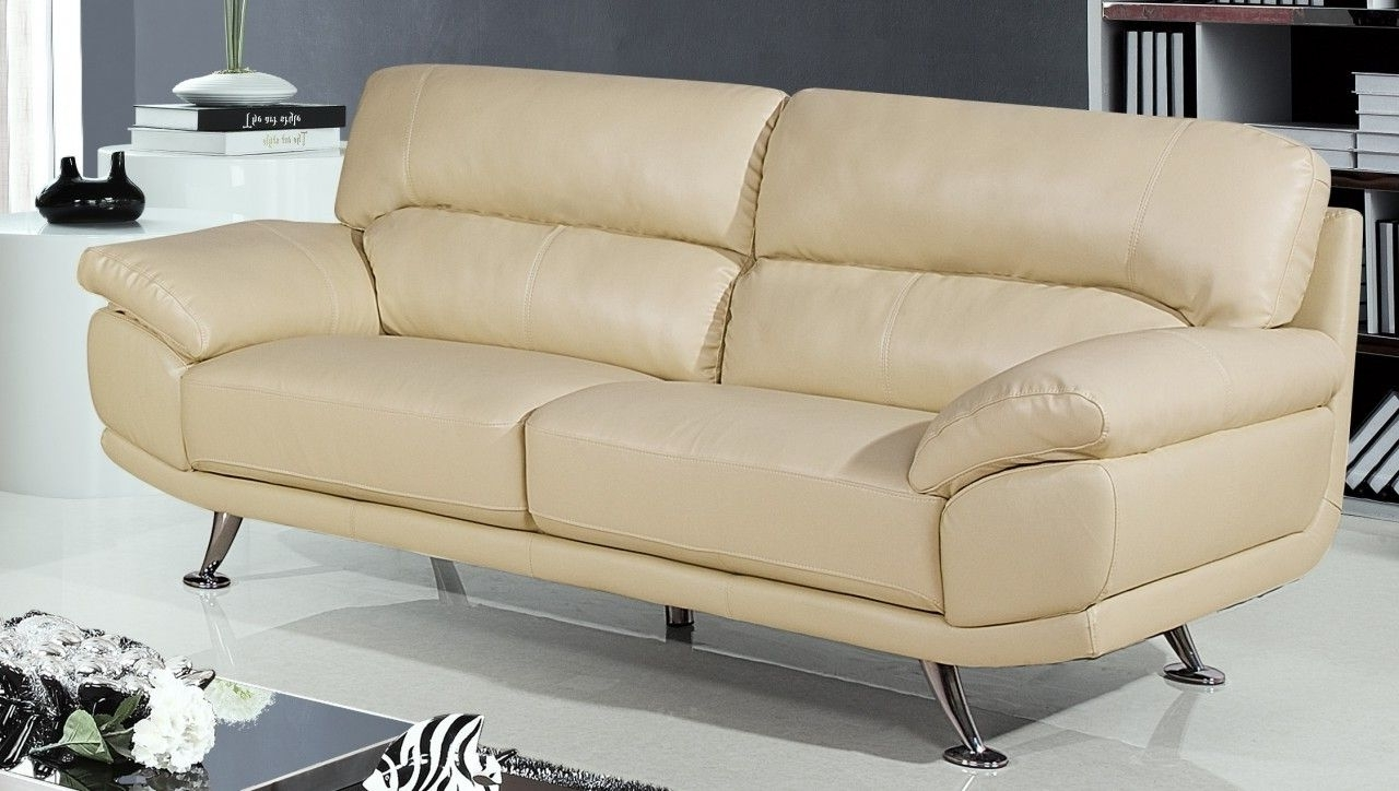 Cream Colored Sofa (View 4 of 15)