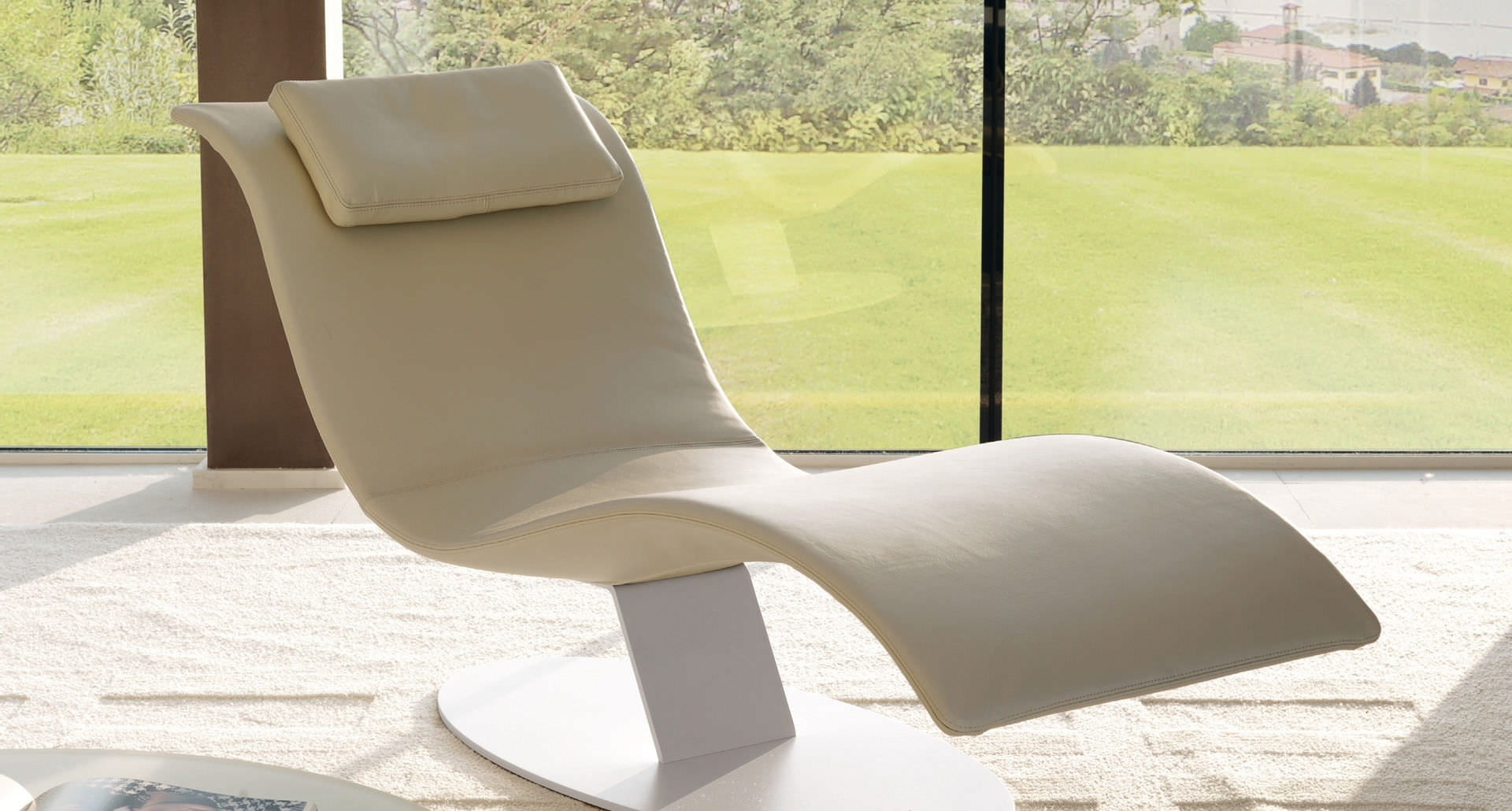 Cream Contemporary Floating Chaise Lounge Featuring Curve Shaped Intended For Widely Used Floating Chaise Lounges (View 3 of 15)