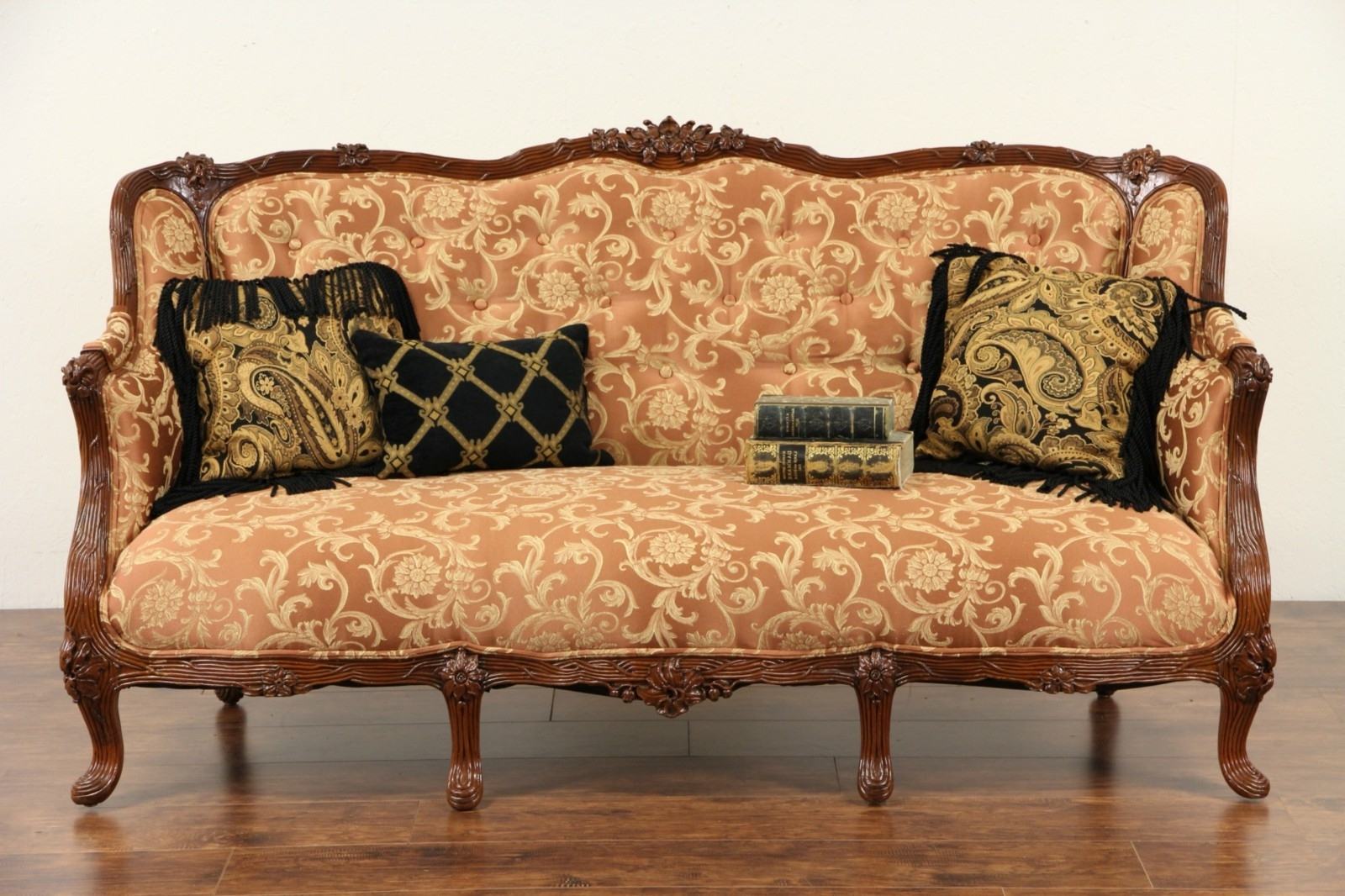 Current 1930S Sofas Pertaining To 1930S Sofa Styles (View 5 of 15)