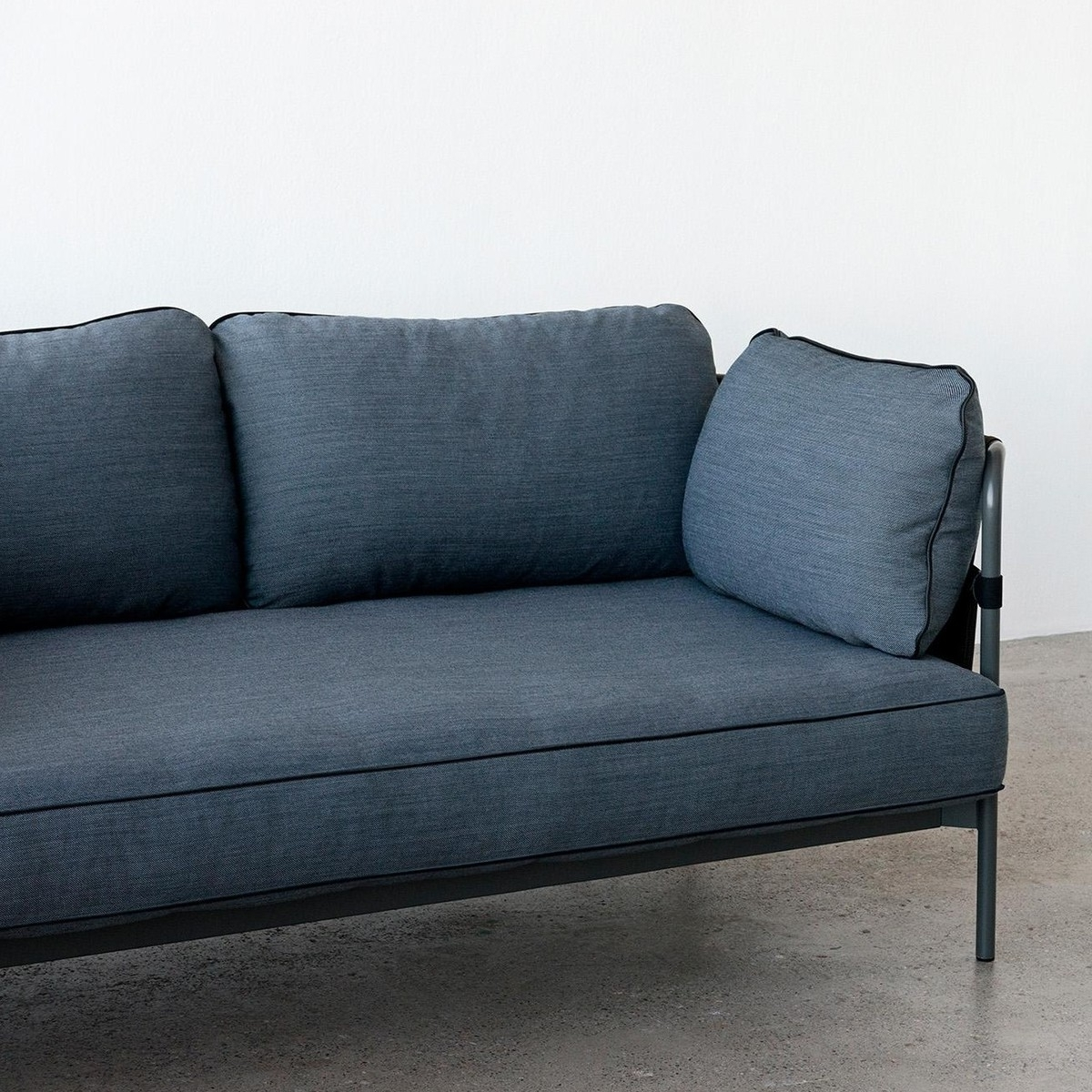 Current Can 2 Seater Sofa Frame Black (View 7 of 15)