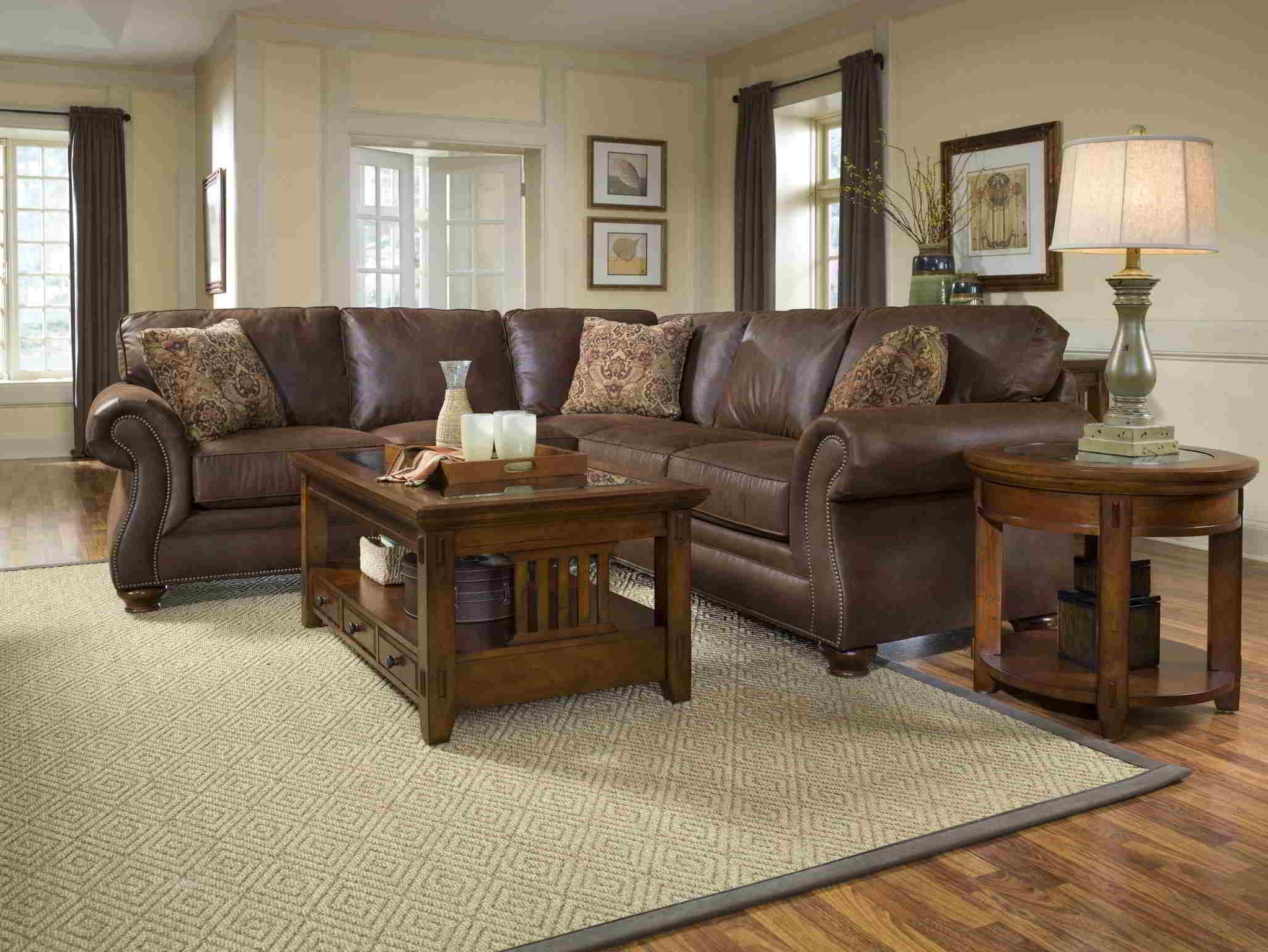 Current Country Style Sofas Uk Hereo Sofa – Helena Source Regarding Country Style Sofas (View 2 of 15)