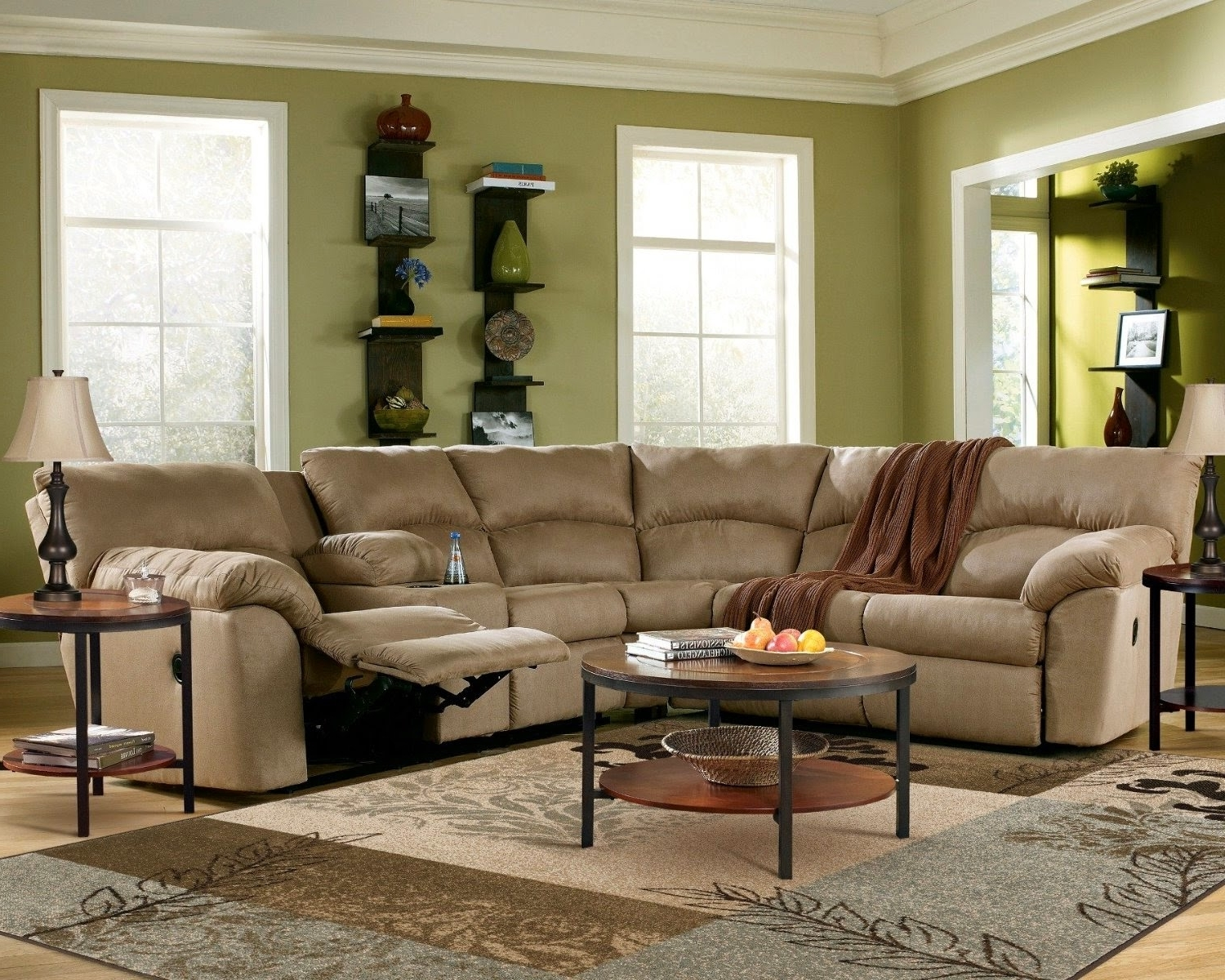 Current Curved Sofa: Curved Reclining Sofa With Curved Sectional Sofas With Recliner (View 5 of 15)