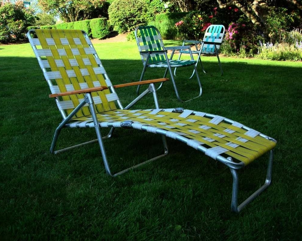 Current Mid Century Aluminum Chaise Lounge Folding Lawn Chair Aluminum And Pertaining To Folding Chaise Lounge Lawn Chairs (View 12 of 15)