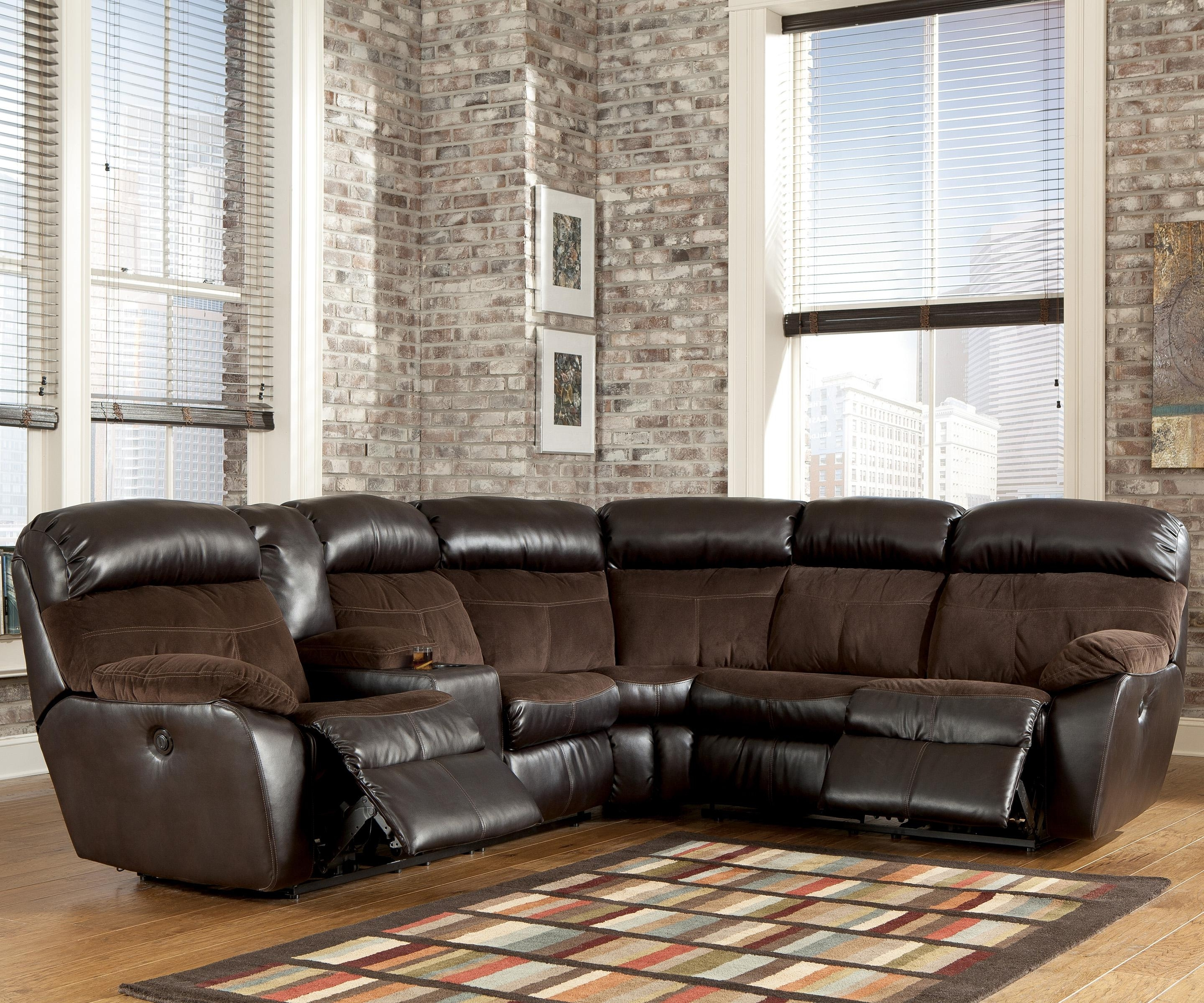 Current Signature Designashley Berneen – Coffee Reclining Sectional Throughout Kansas City Mo Sectional Sofas (View 1 of 15)