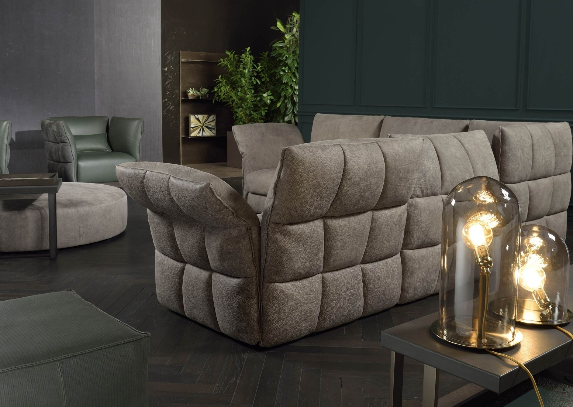 Eva Due Modern Sectional Sofa (View 12 of 15)