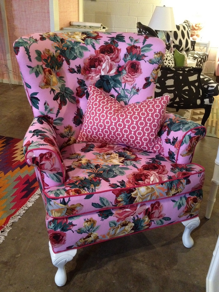 Exotic Sofas And Chairs To Create A Fresh Look In Well Known Floral Sofas And Chairs (View 10 of 15)