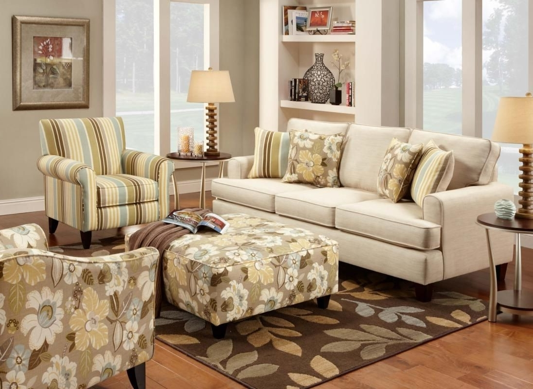 Ezhandui Throughout Sofa And Accent Chair Sets (View 5 of 15)