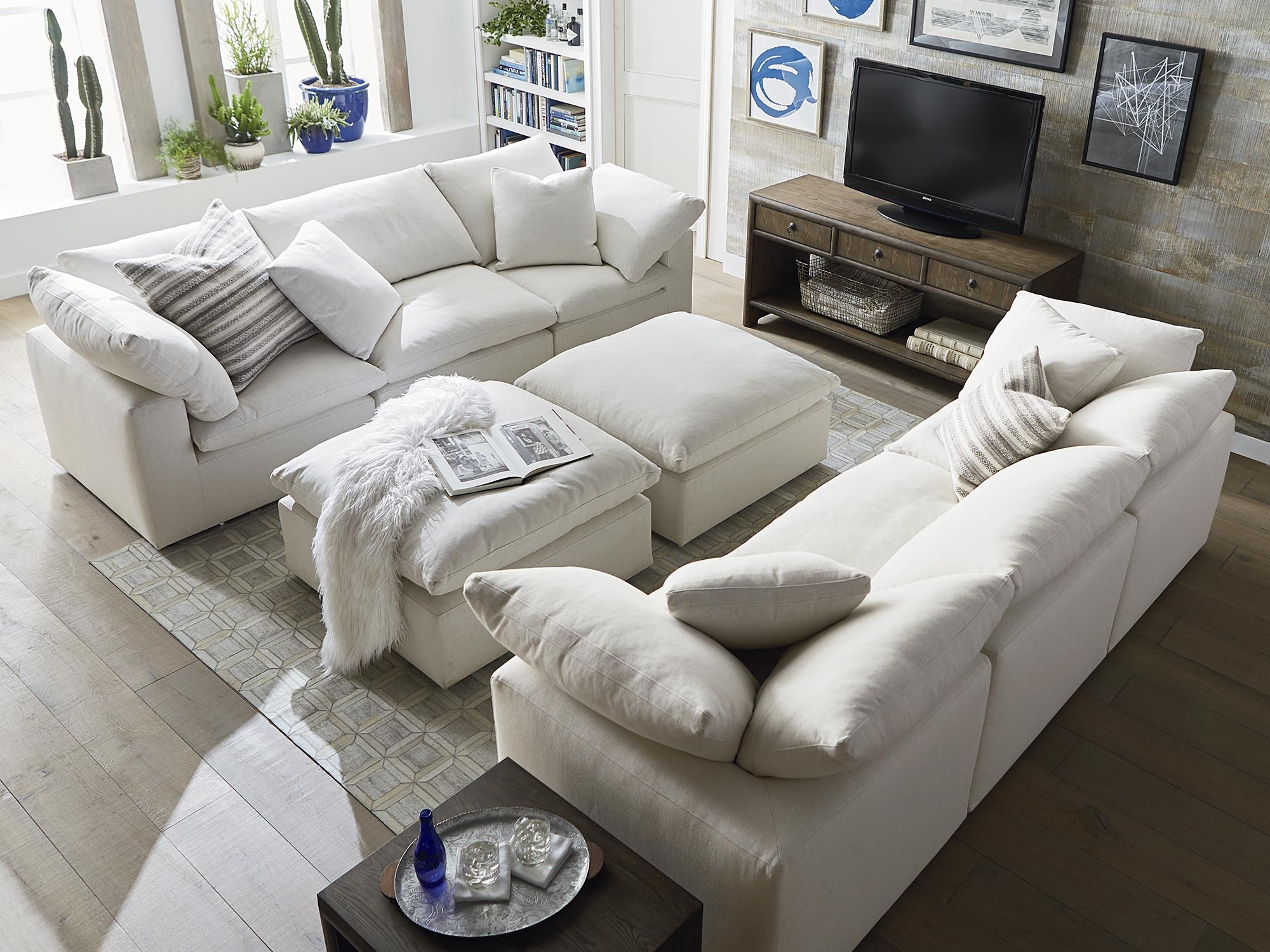 Fabric Sofas And Couchesbassett Home Furnishings Intended For Famous Scarborough Sectional Sofas (View 9 of 15)