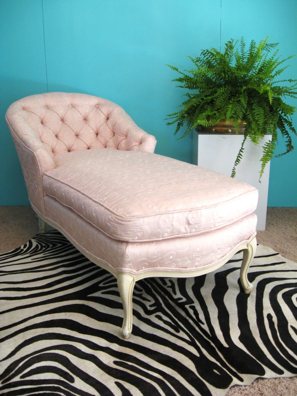 Fabulous French Pink Embroidered Silk Vintage Chaise Lounge Chair Inside 2018 Vintage Chaise Lounge Chairs (View 3 of 15)
