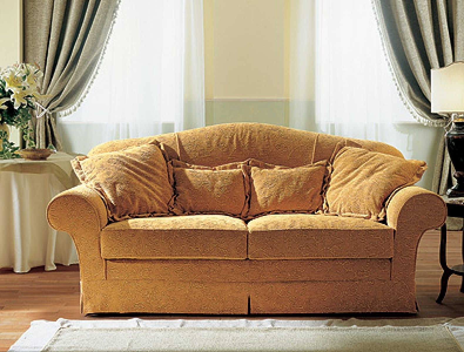 Famous Traditional Fabric Sofas Throughout Excellent Ideas Traditional Fabric Sofas – Outdoor Fiture (View 4 of 15)