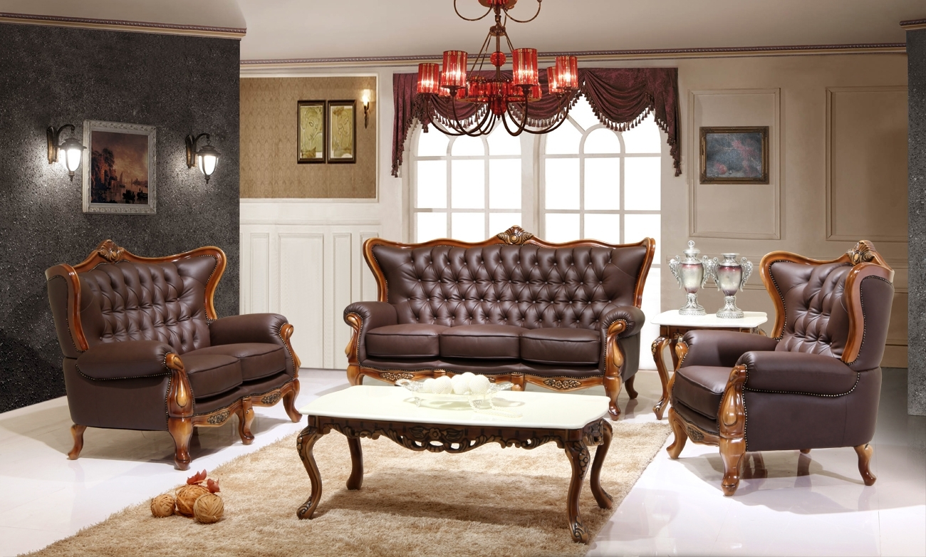 Famous Victorian Leather Sofas Inside Victorian Living Room Design With Dark Brown Leather Sofa And (View 8 of 15)
